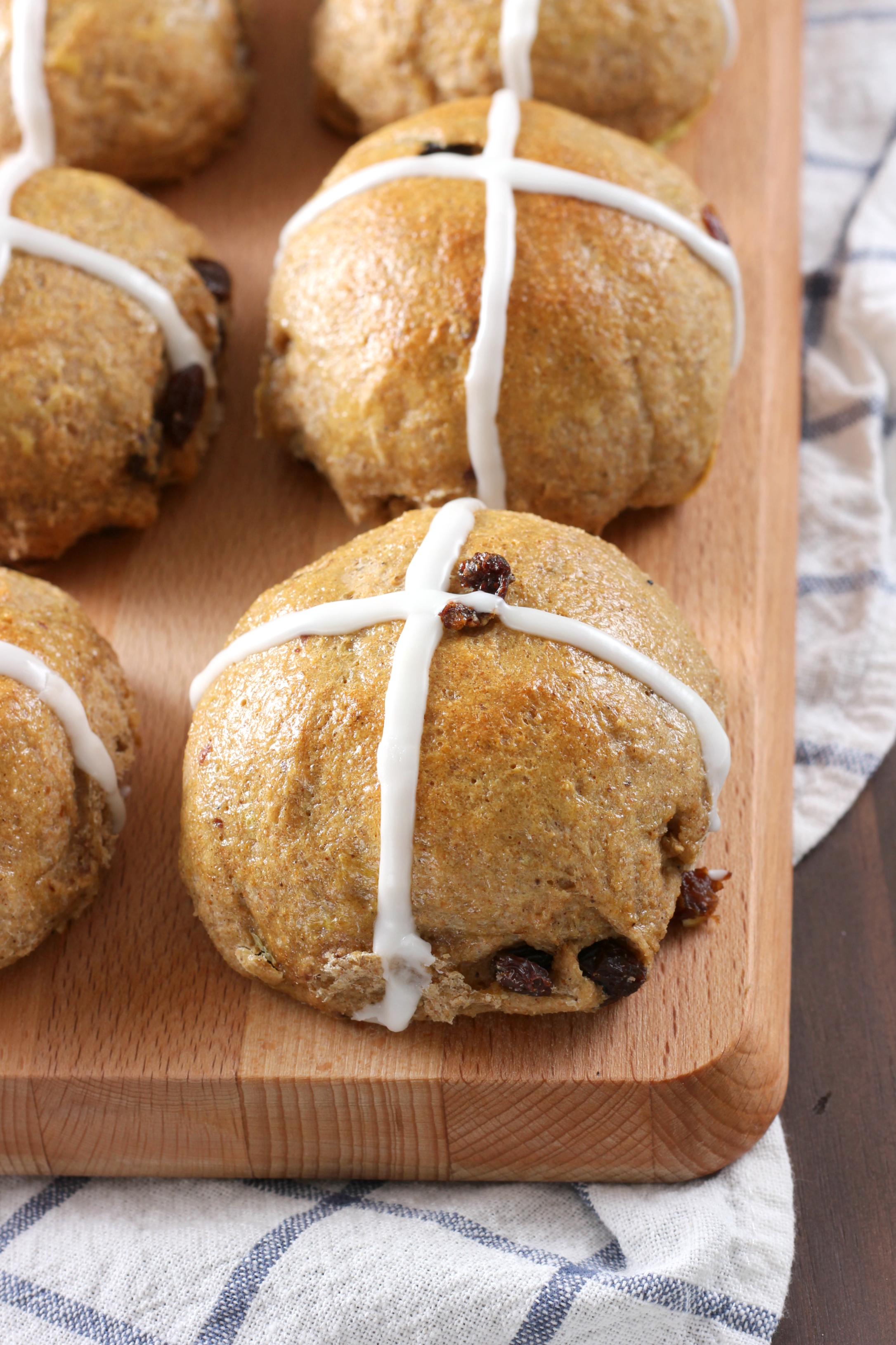 Hot Cross Buns {Whole Wheat} - A Kitchen Addiction
