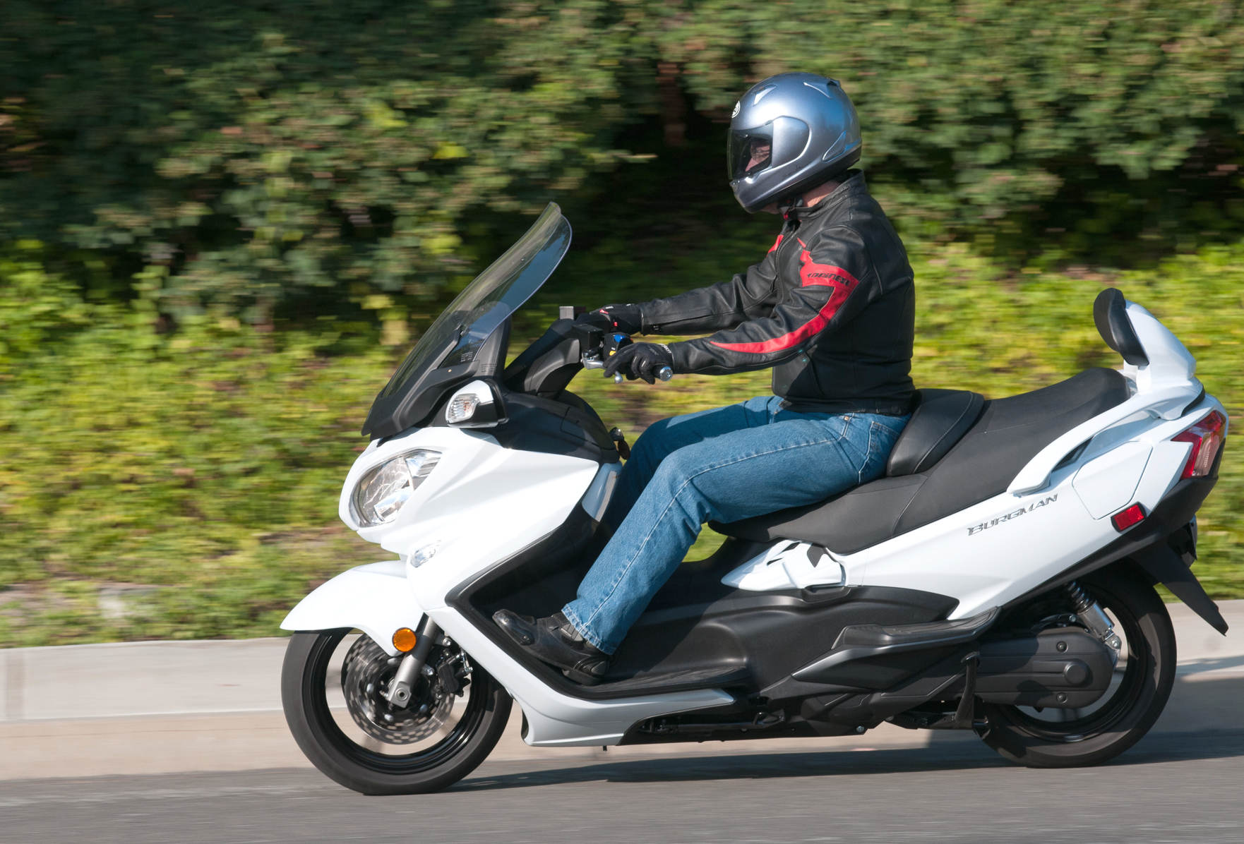 Suzuki Burgman 650 ABS: MD Ride Review « MotorcycleDaily.com ...