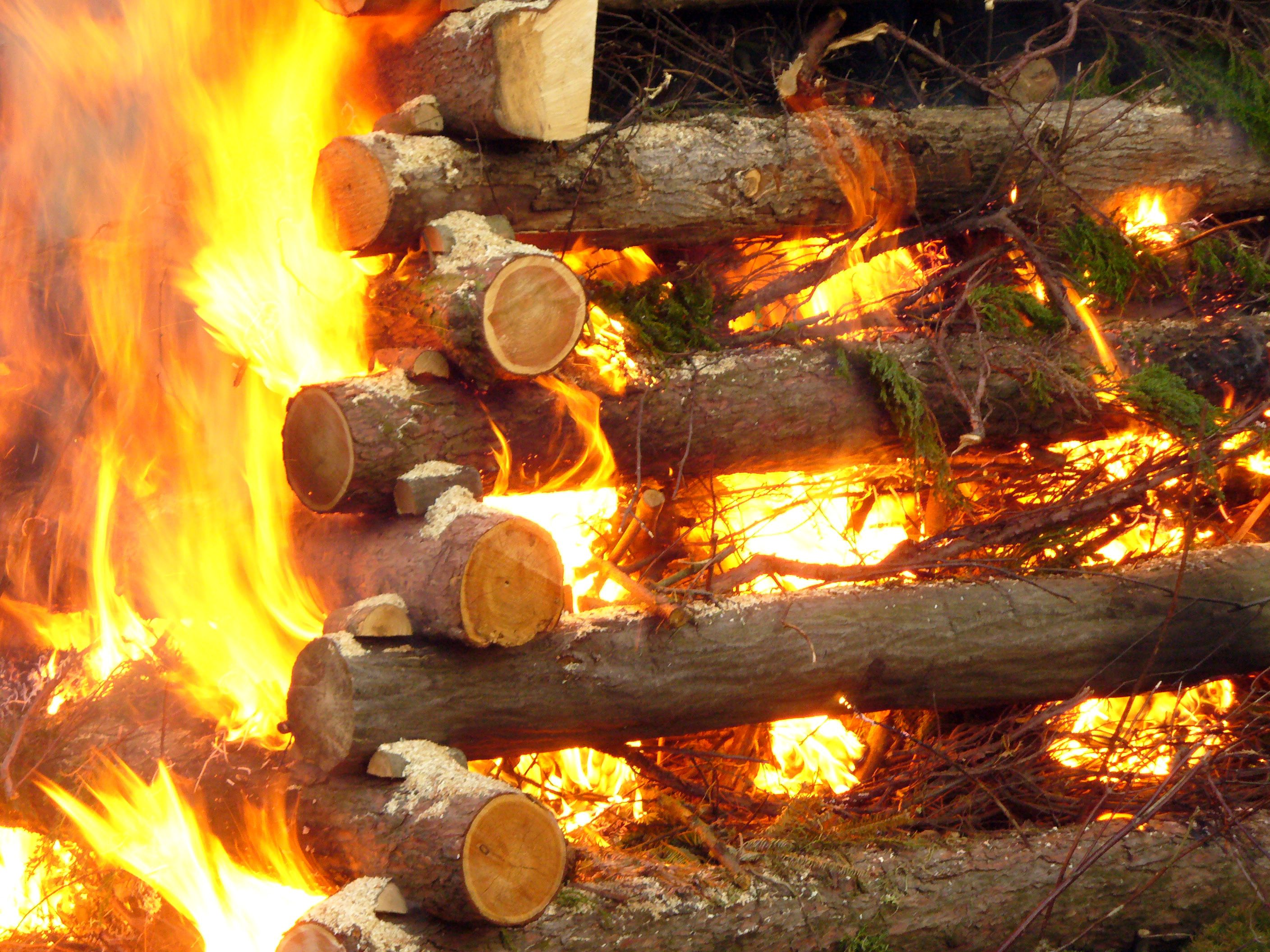 Free Image: Burning wood | Libreshot Public Domain Photos