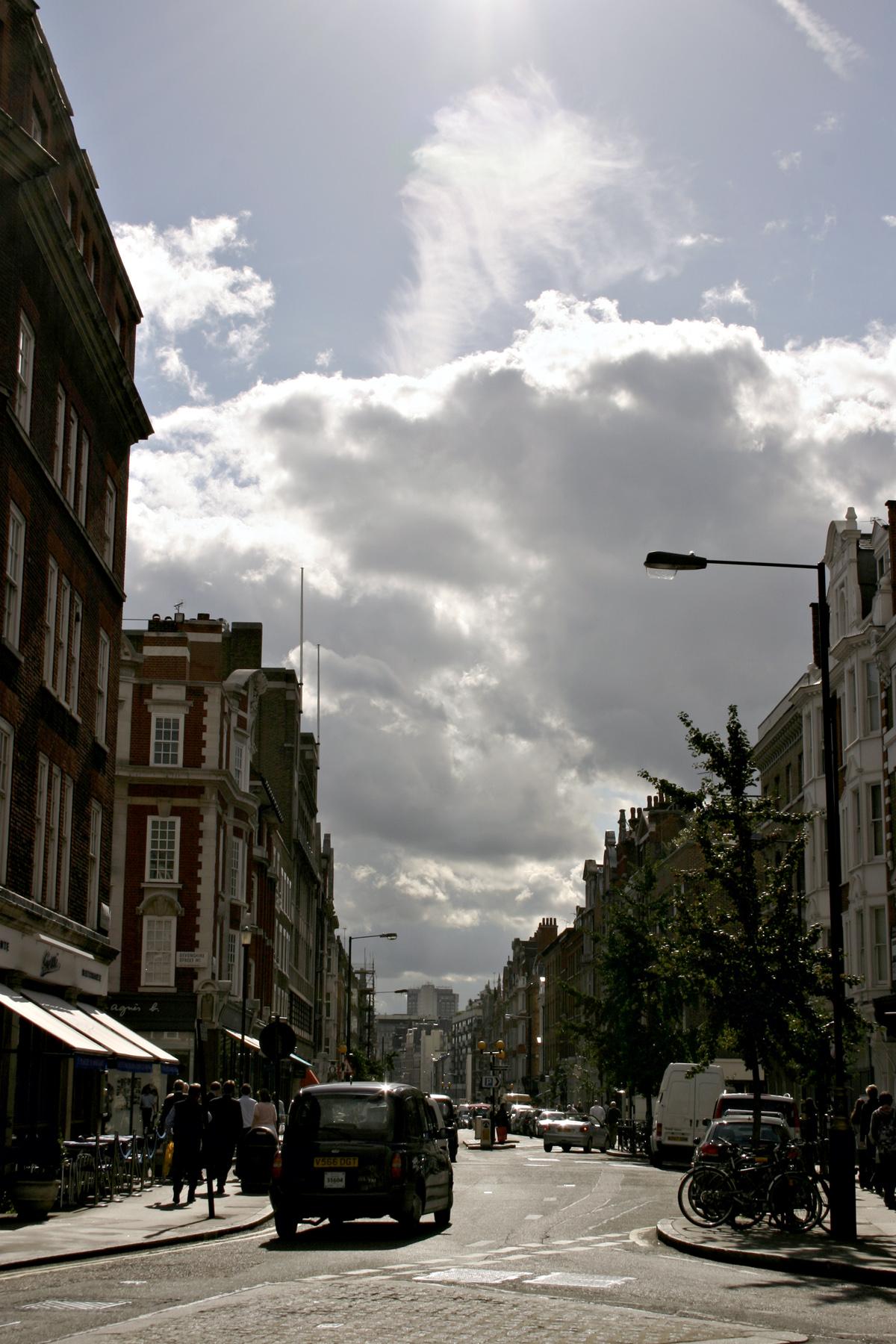 Busy London Street, Buildings, Cab, Cars, City, HQ Photo