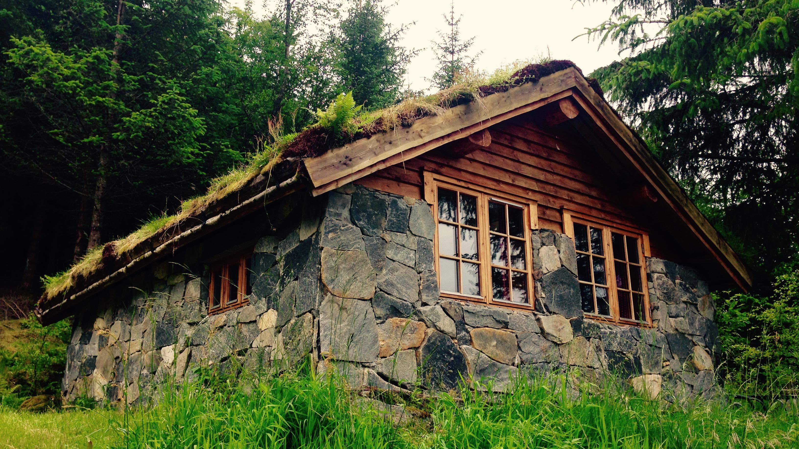 Stone Cabin | Brekke Cabins