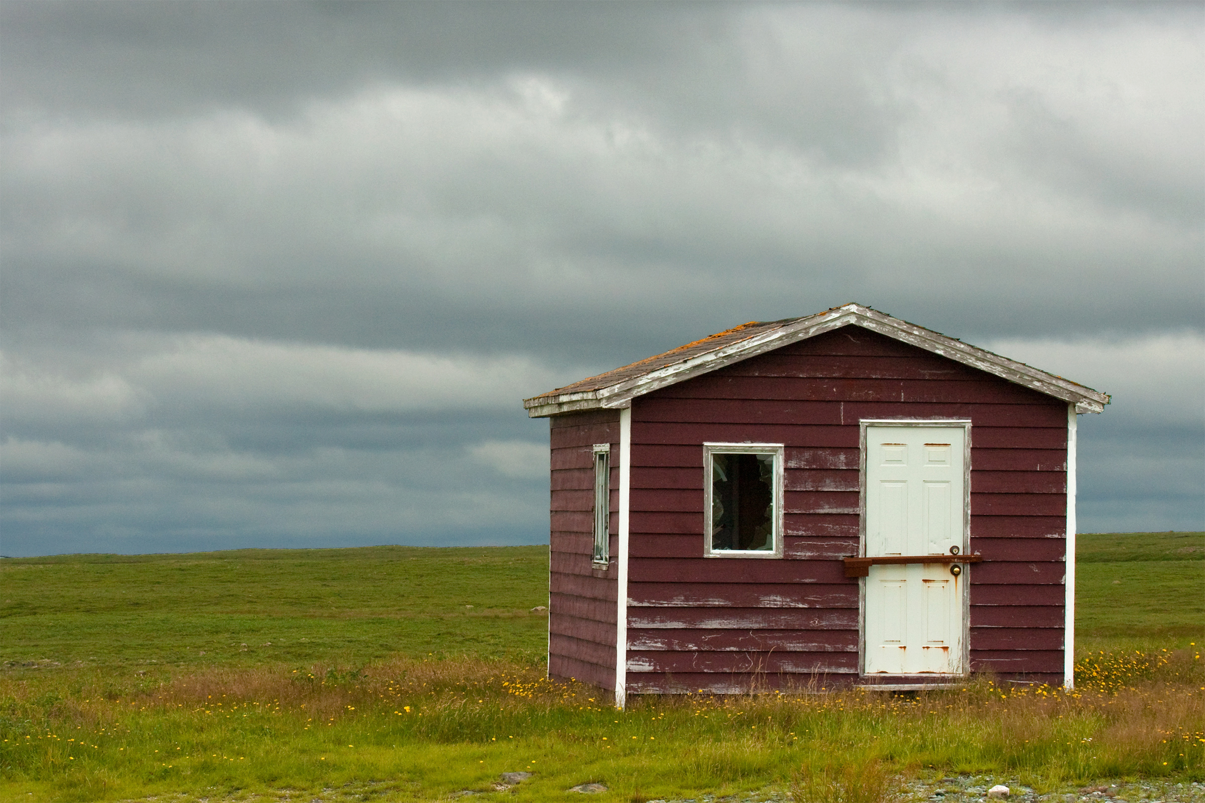 Cabin, Abandoned, Locked, Red, Rain, HQ Photo