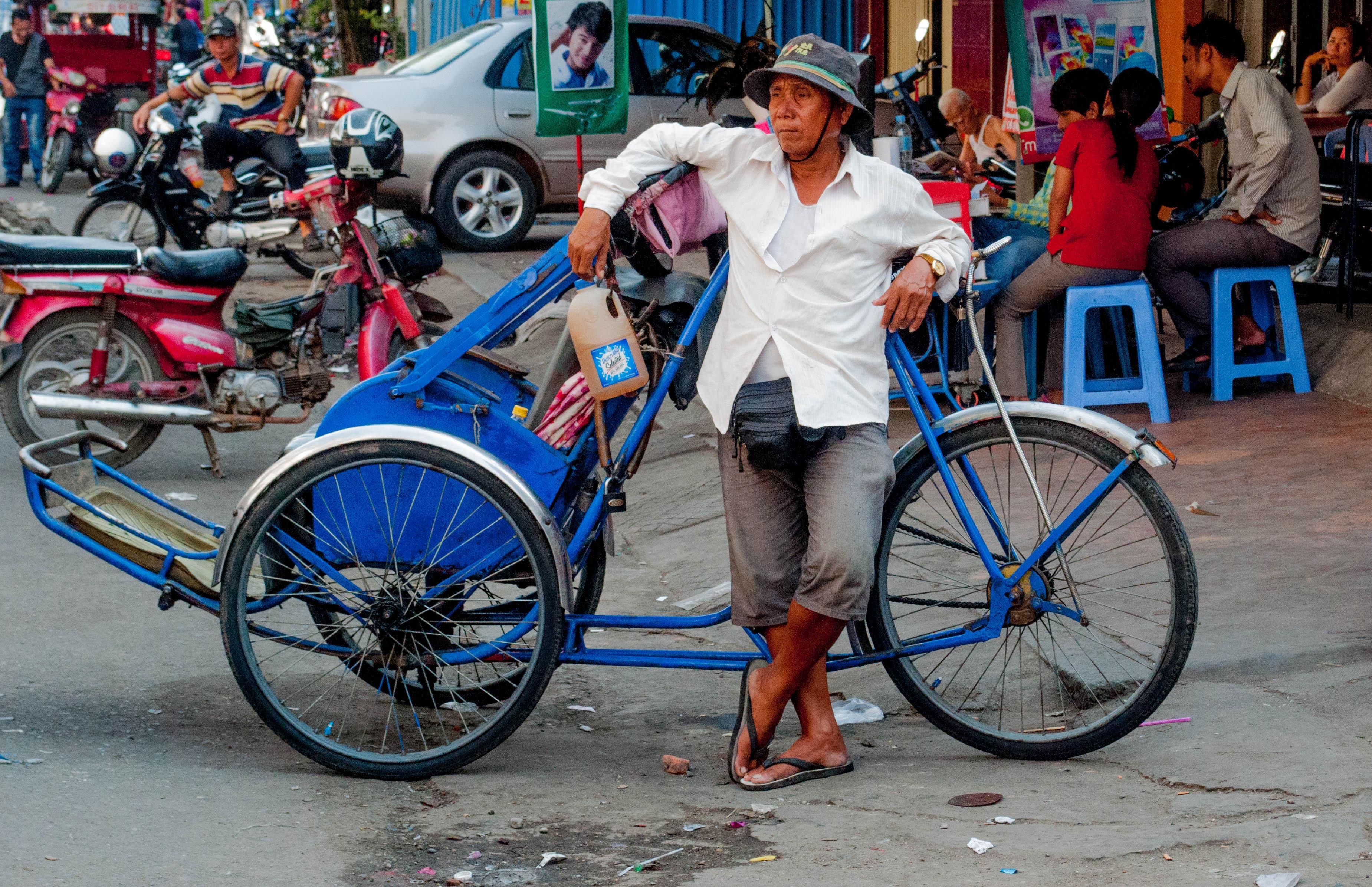 Becoming Rare: The Cambodian Cyclo   cambodian beginnings
