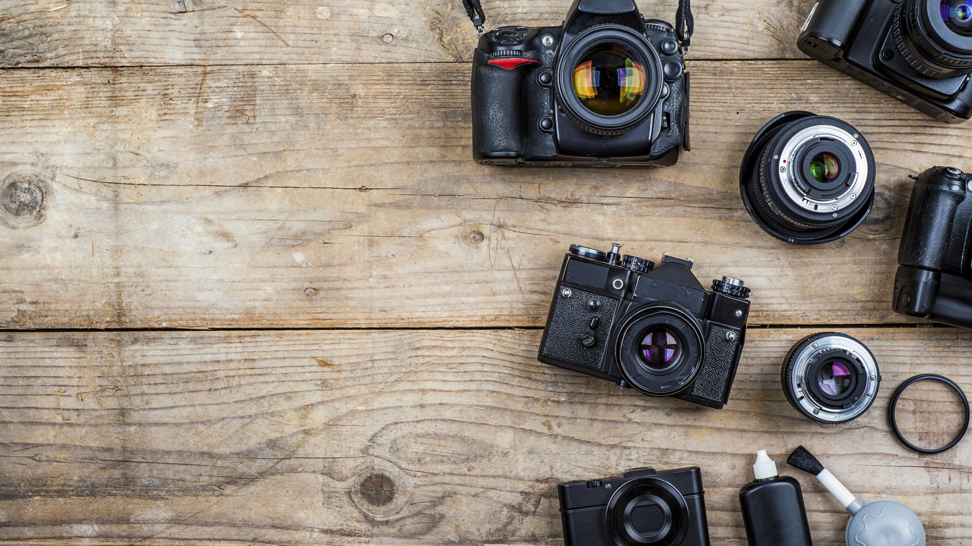 Camera Gear Checklist for Travel Photography - PhotoJeepers