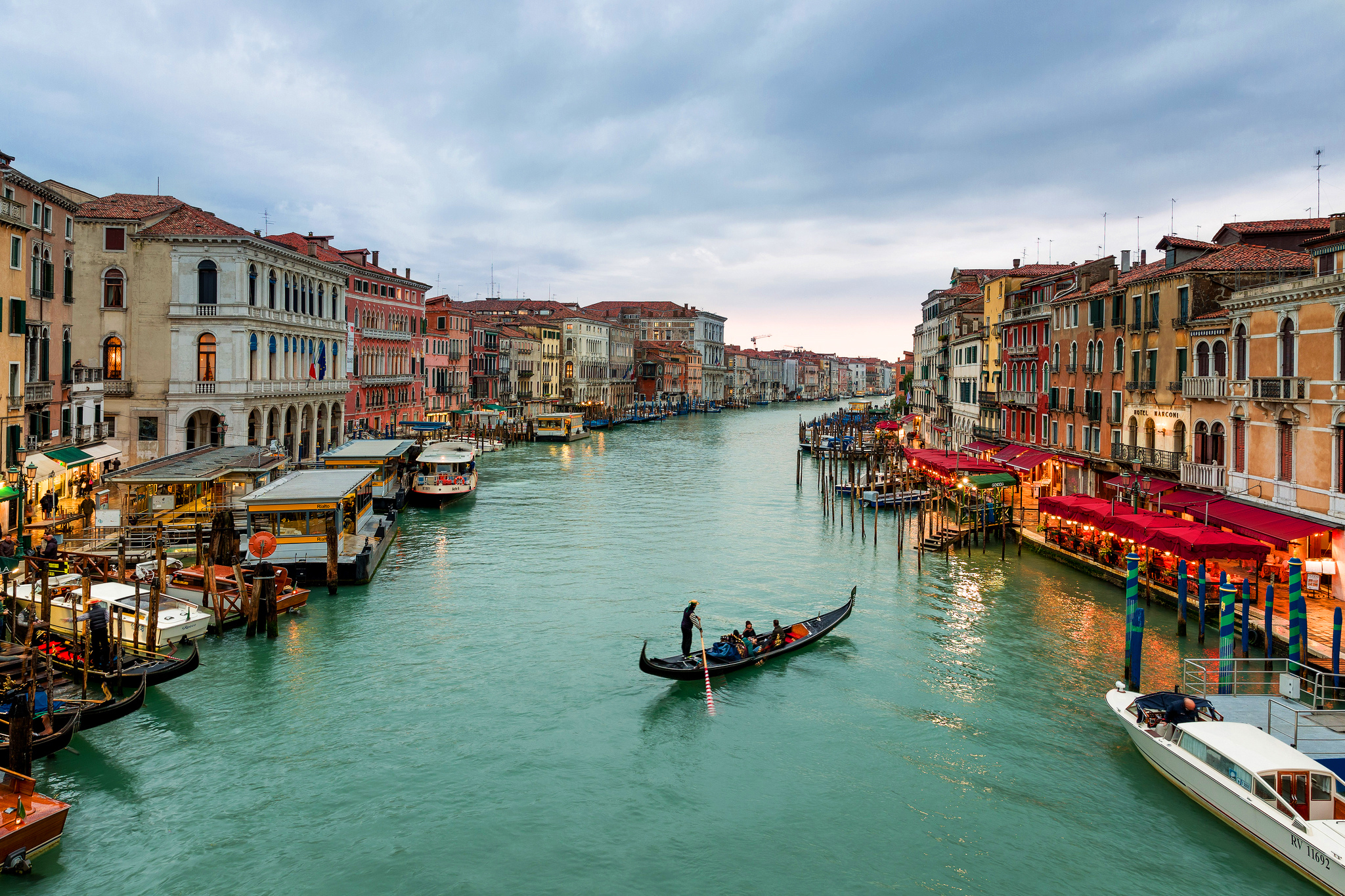Grand Canal (Venice) / 2048 x 1365 / Locality / Photography ...