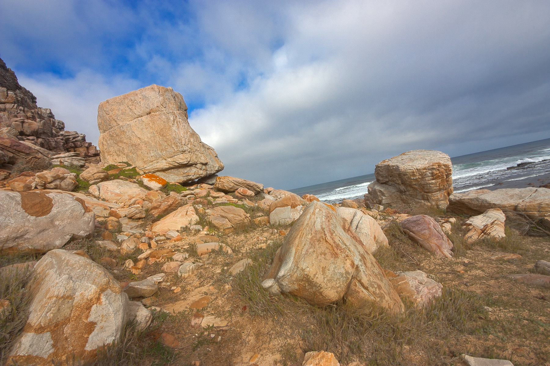 Cape cliff stones - hdr photo