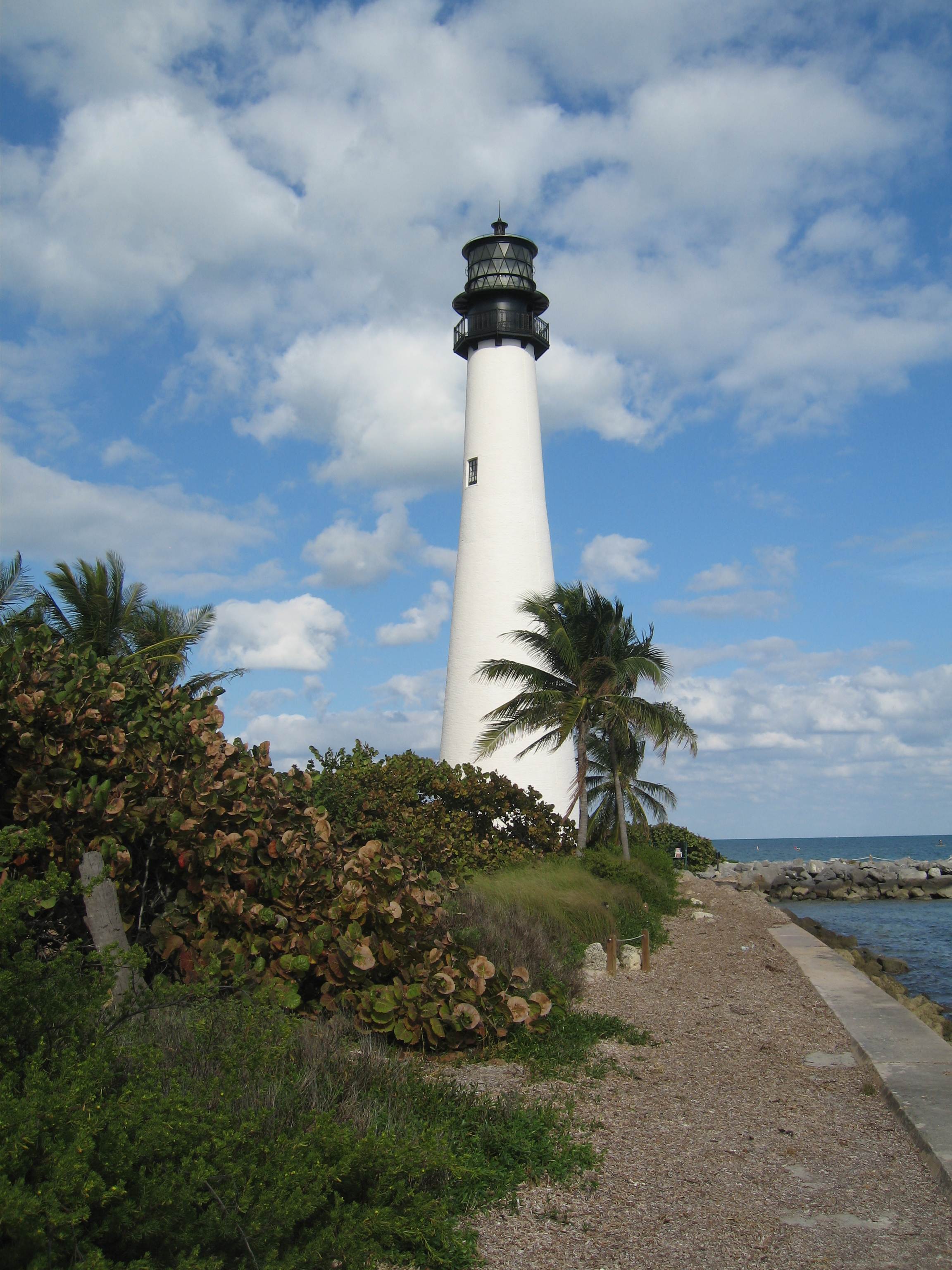 File:Cape Florida Lighthouse 001.jpg - Wikimedia Commons