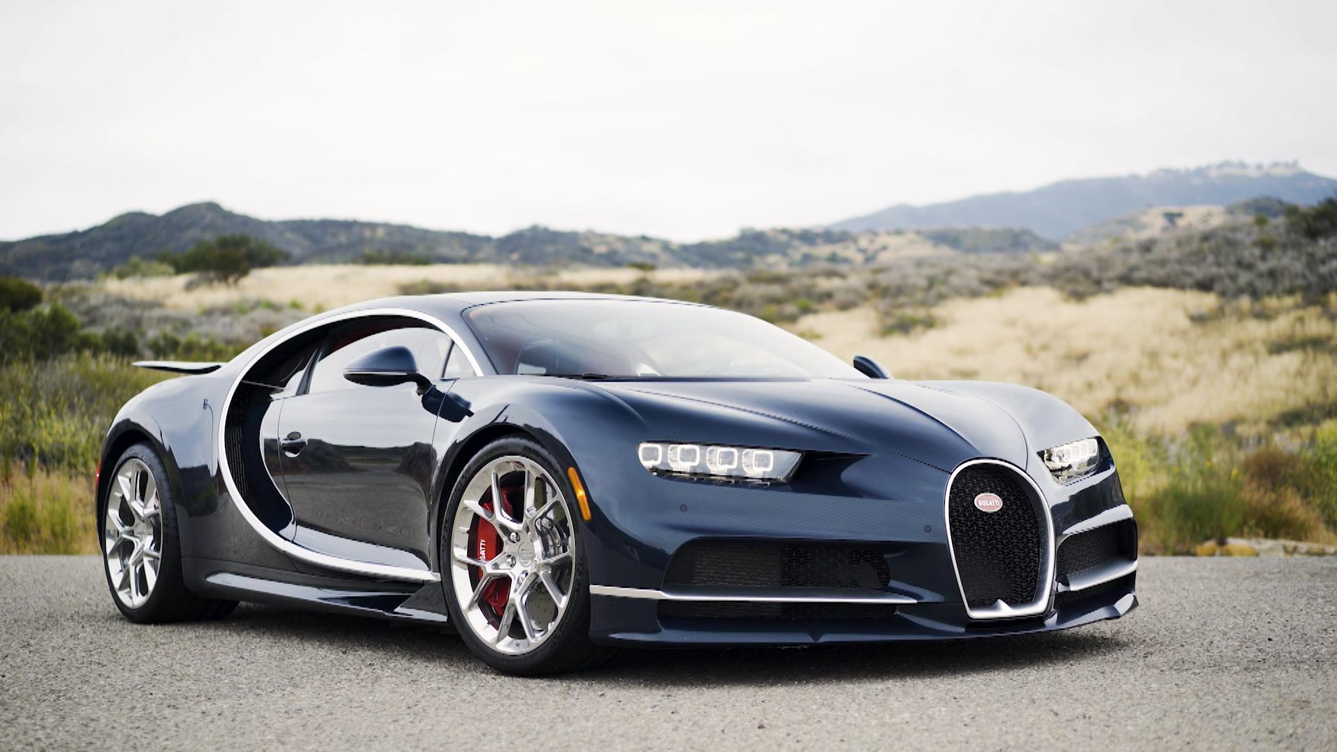 Behind The Wheel of A Bugatti Chiron, One of The Fastest Cars in The ...