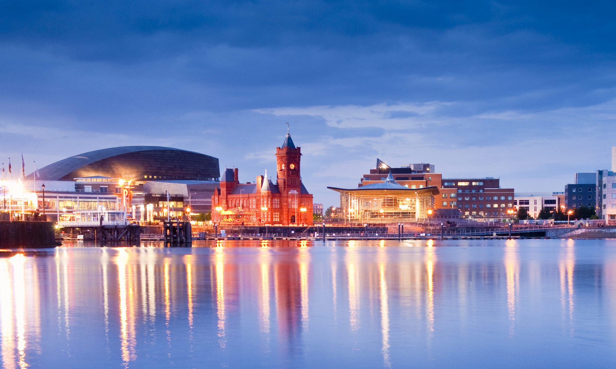 Visit Cardiff – stay in Cardiff