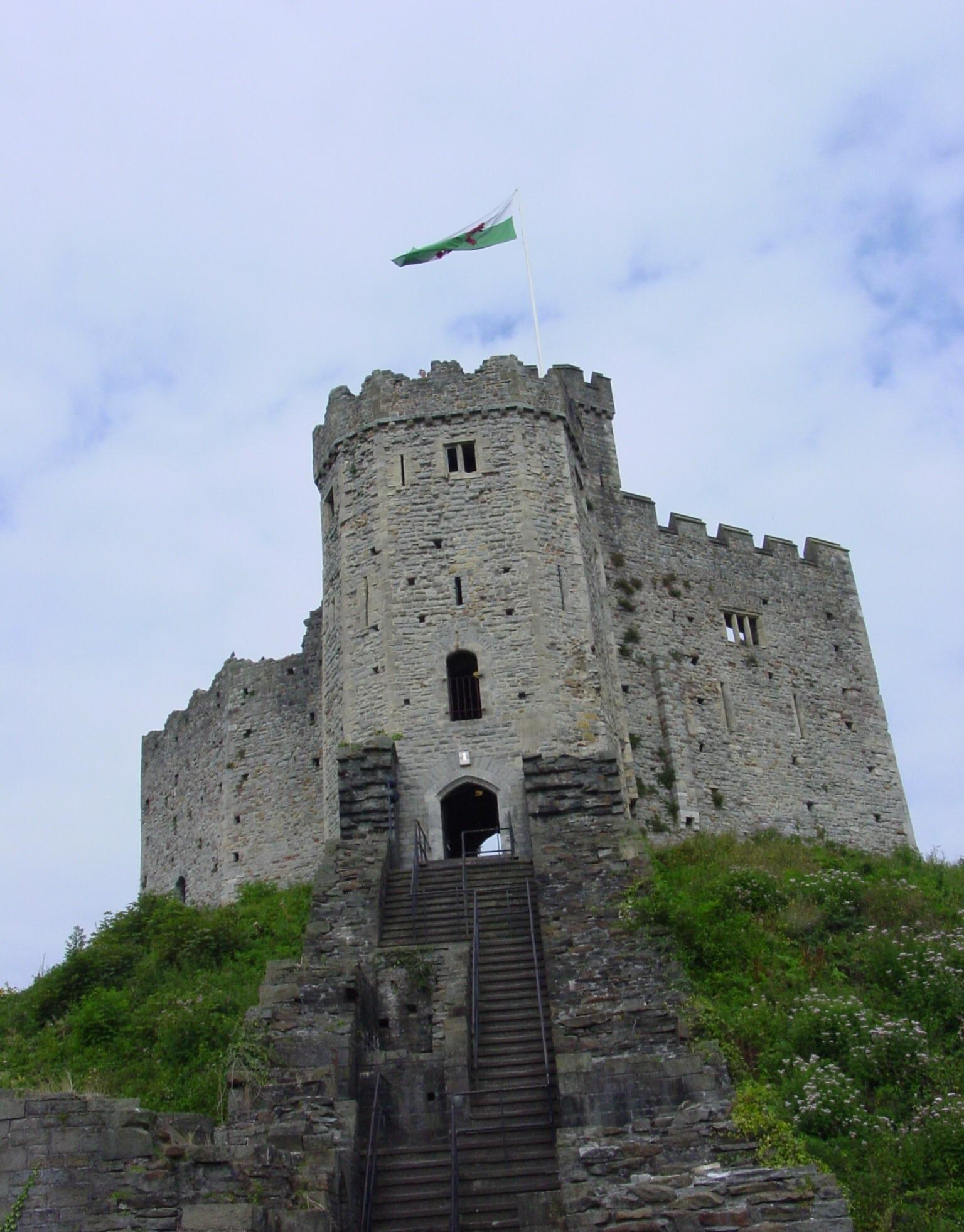 Cardiff Castle : castles