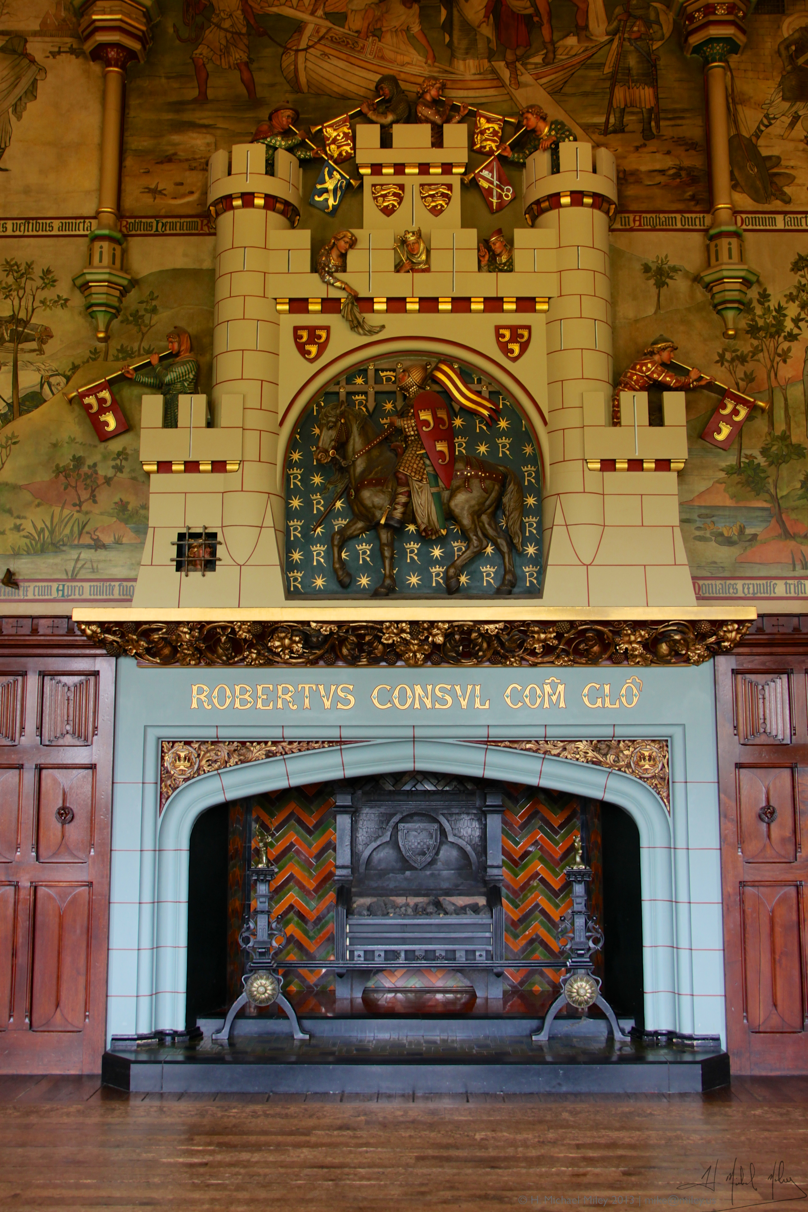 File:Fireplace in Great Hall, Cardiff Castle.jpg - Wikimedia Commons