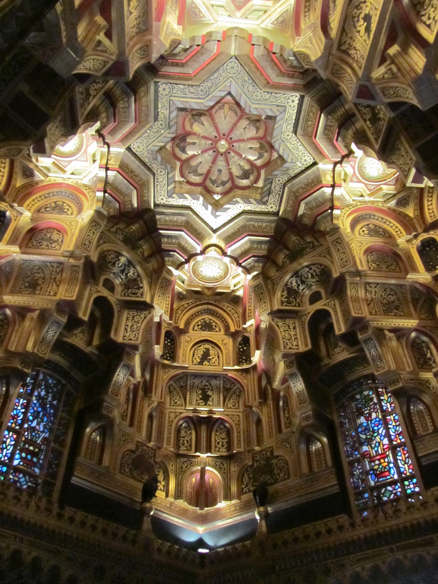 File:Ceiling arab room cardiff castle.jpg - Wikimedia Commons