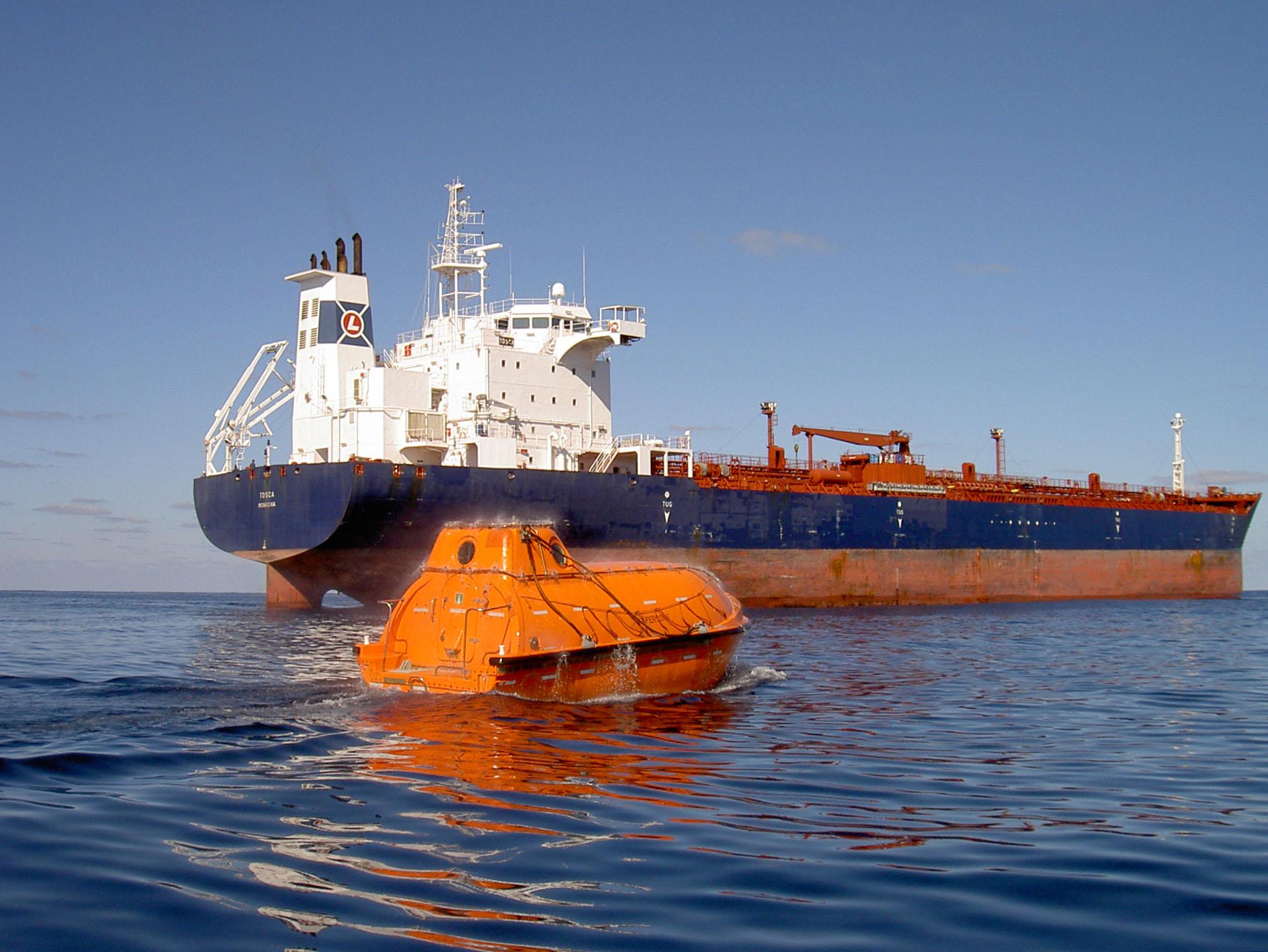 Cargo Ship | Lighthouse