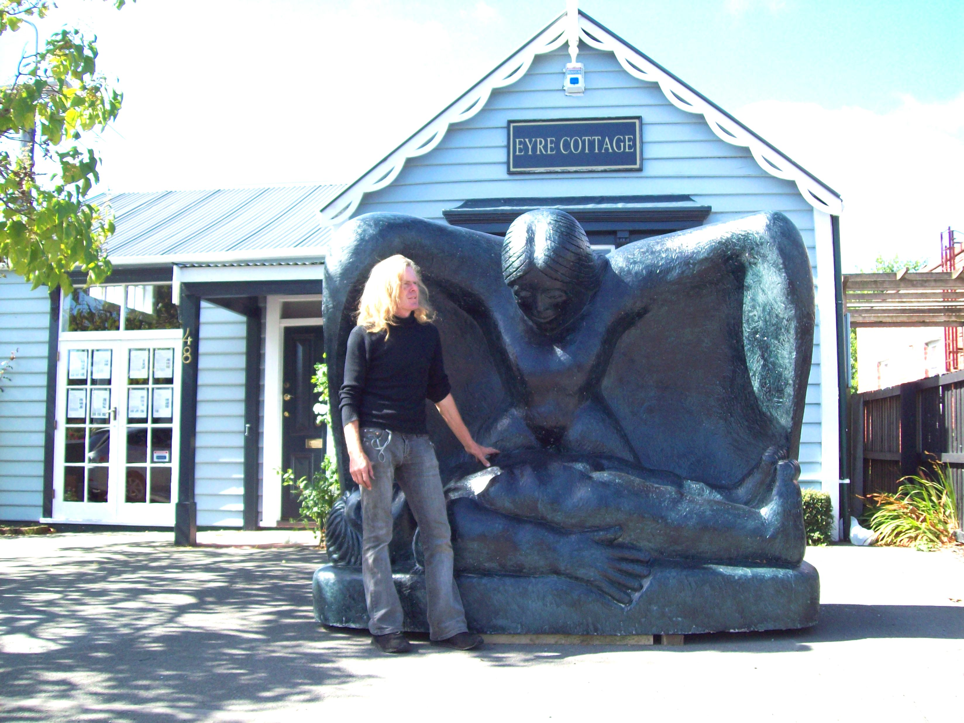 Castrating woman - eyre cottage in papan photo
