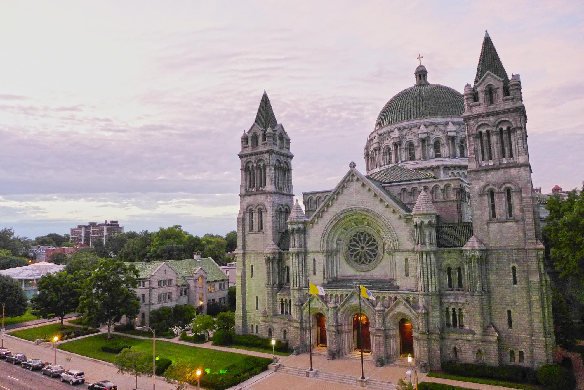 America's 20 Most Beautiful Churches & Cathedrals To Visit ...