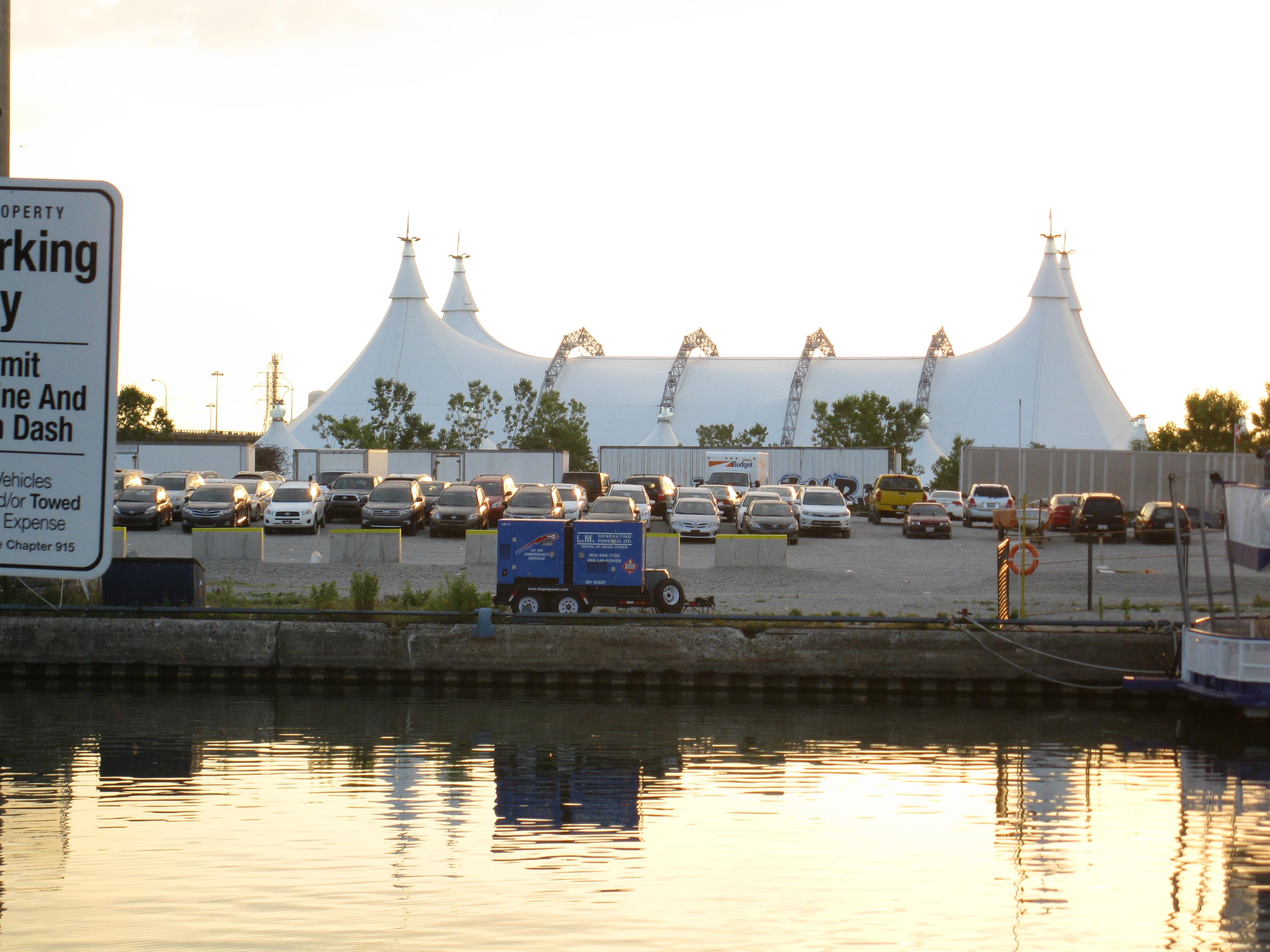 Cavalia Odysseo, shortly after sunrise, 2012 07 06 -c.jpg, Landscape, Outdoor, River, Ship, HQ Photo