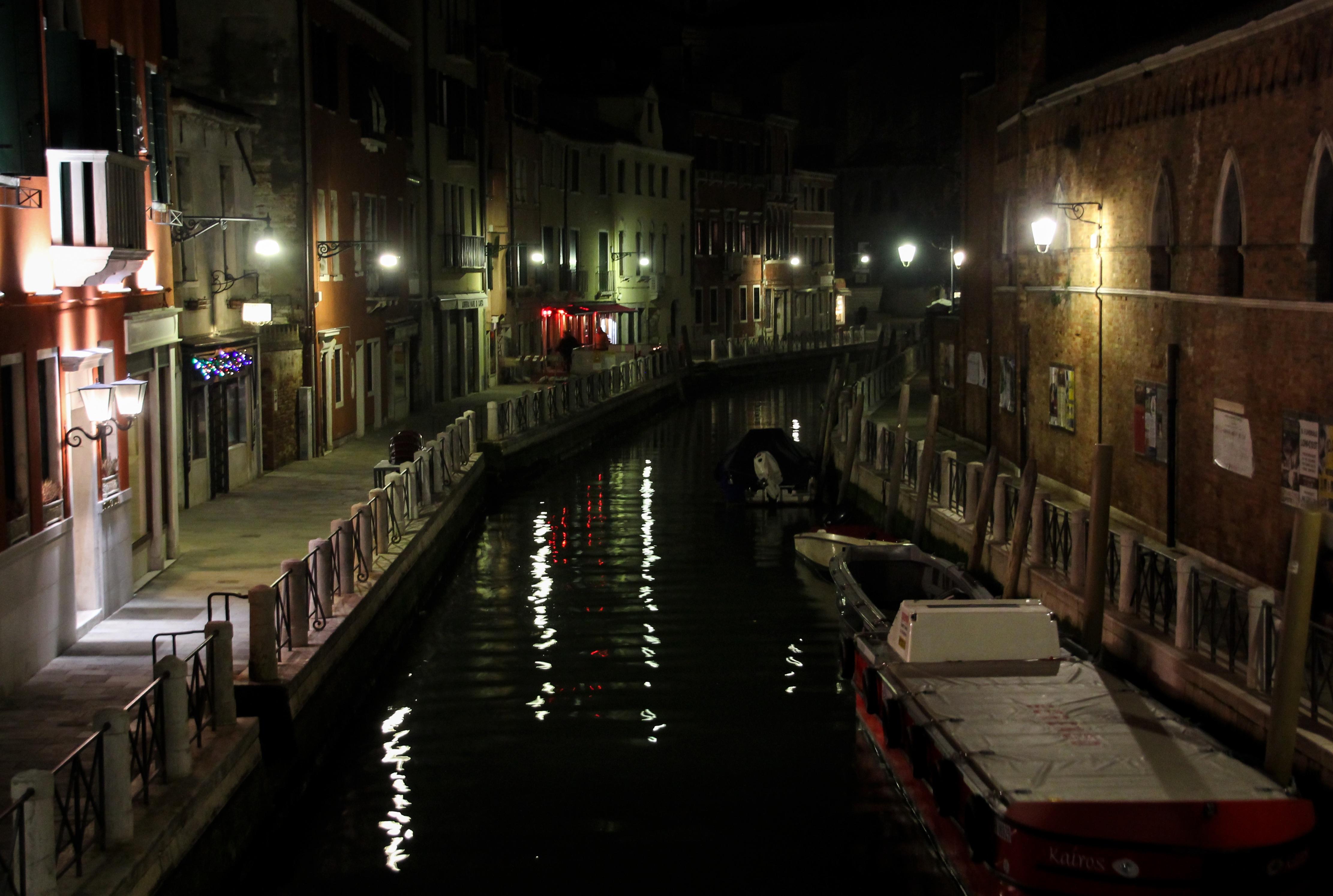 Channel through the City, Architecture, Boat, Bridge, Building, HQ Photo