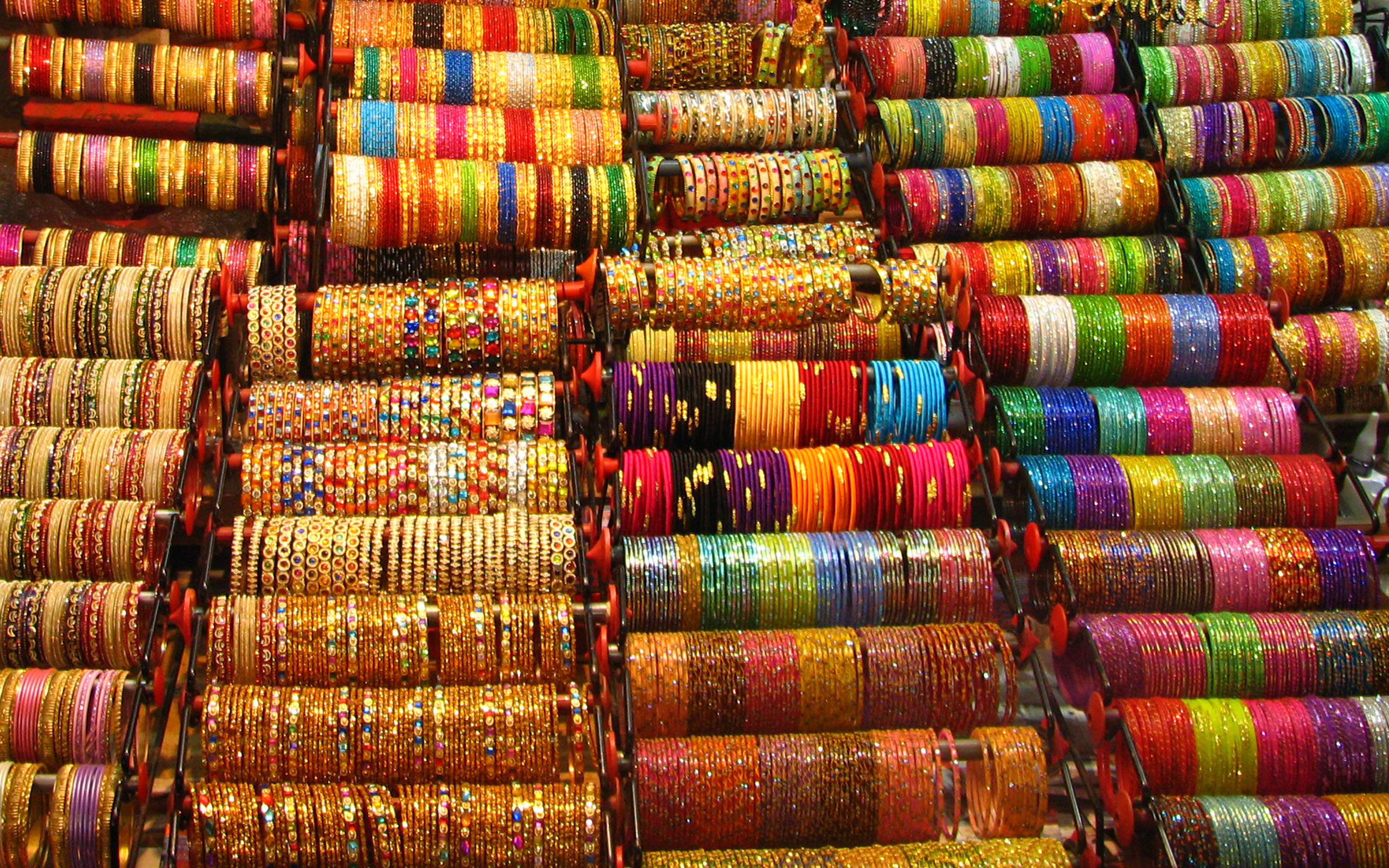 Cheap bangles background photo