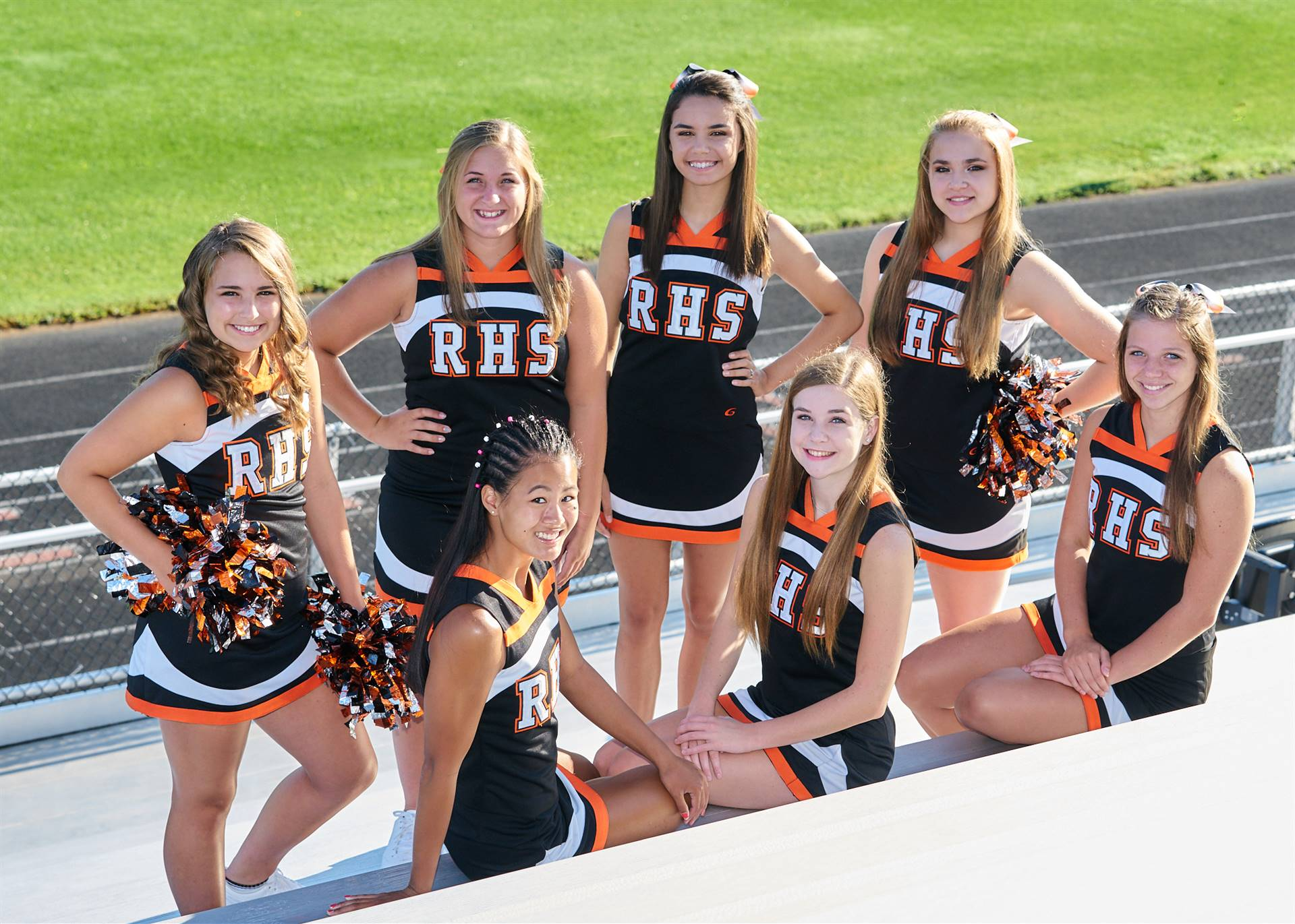 Cheerleaders photo