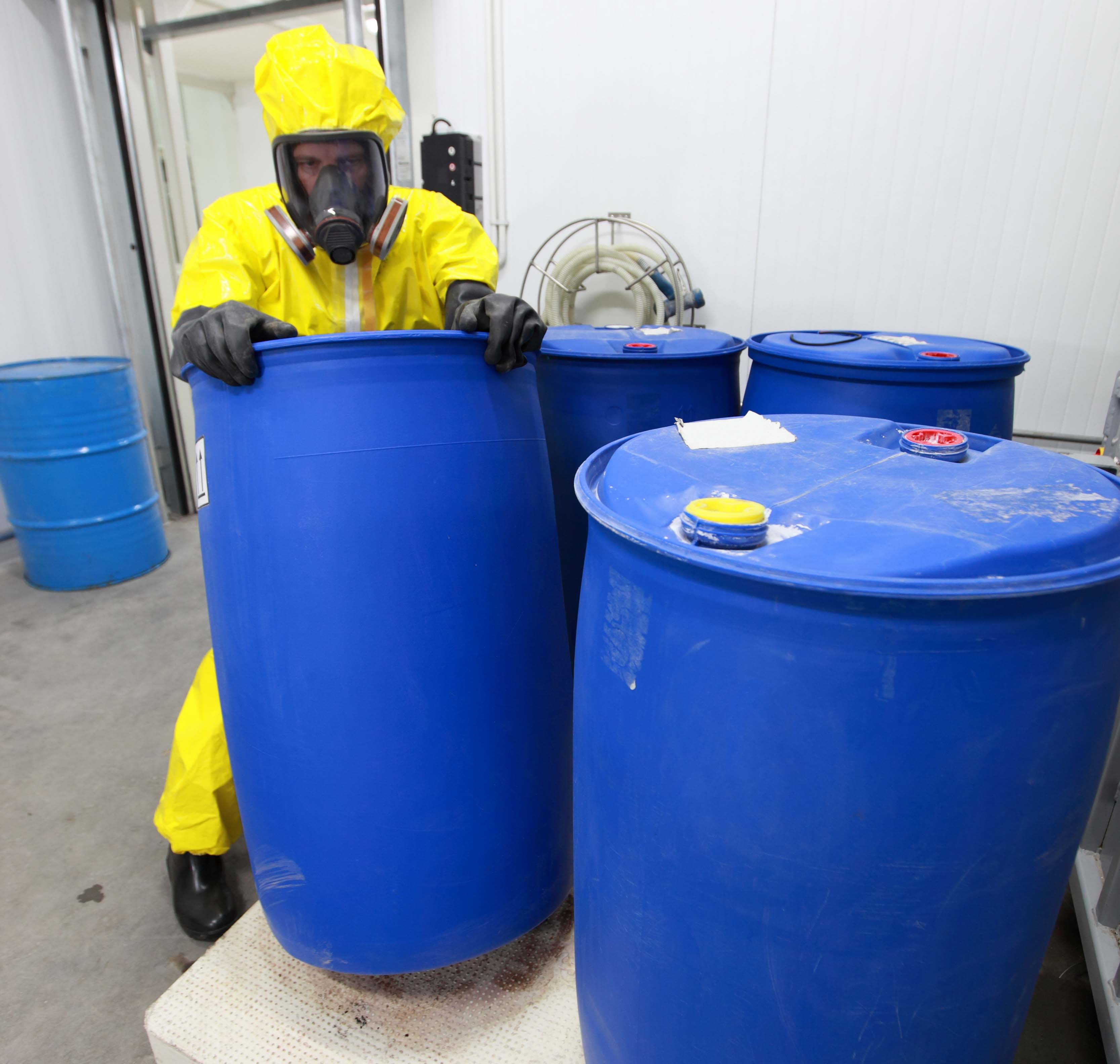 Chemical Storage Compatibility Guidelines - Grainger Safety Record