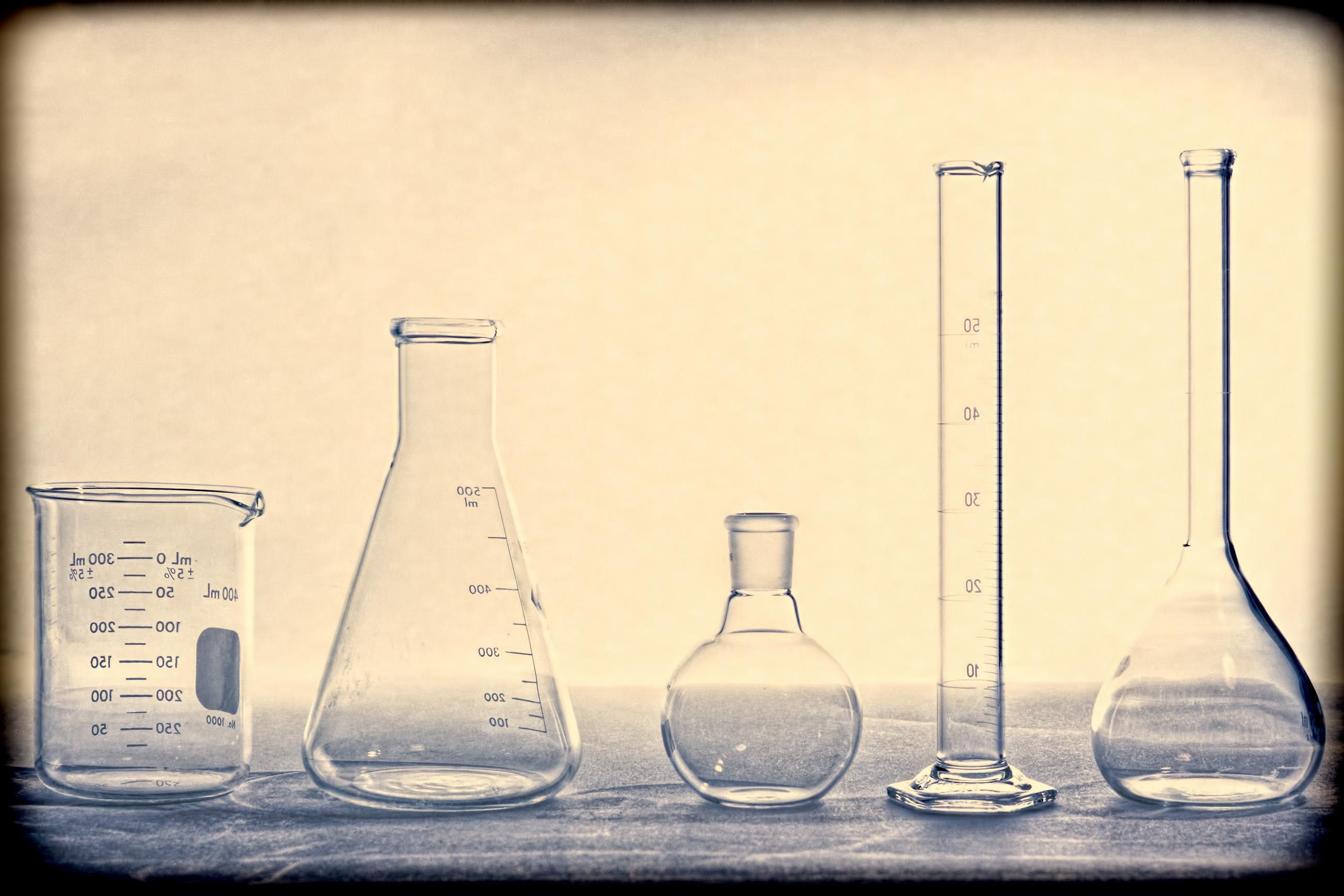Chemistry glassware photo