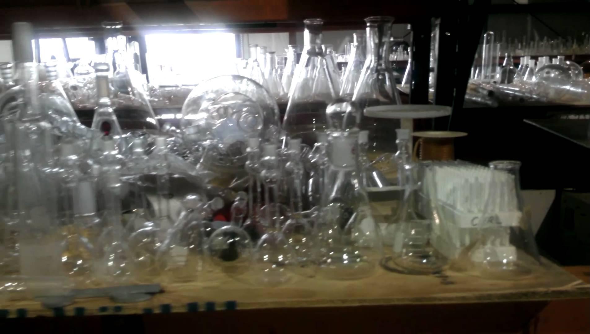 LABORATORY GLASSWARE AT BAMKO-SURPLUS PROCESS EQU - YouTube