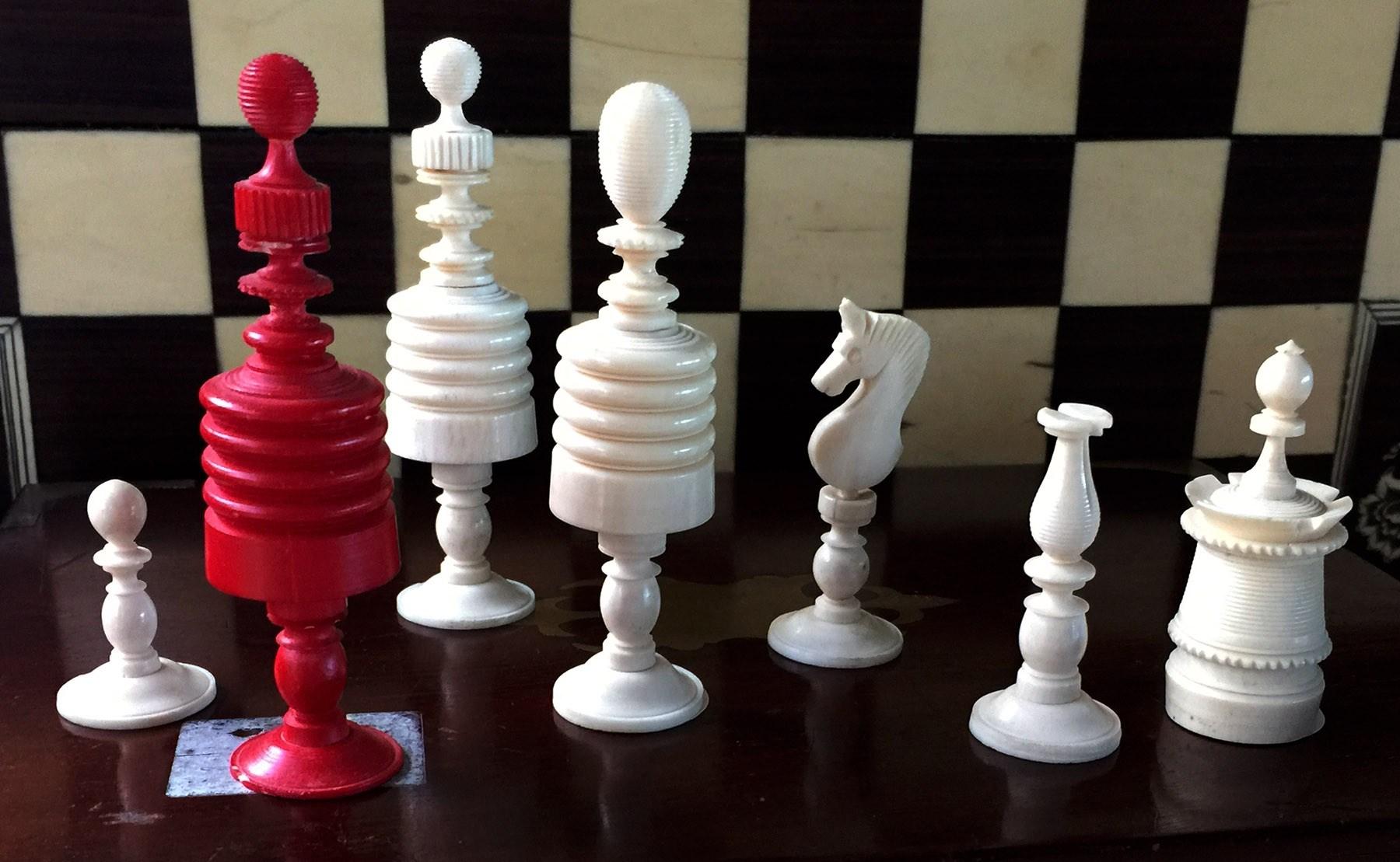 Type II Morphy Barleycorn Chess Set - www.ChessAntiques.com