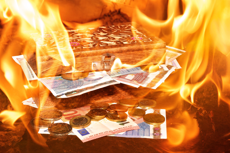 Chest, Coins, Euro, Fire, Money, HQ Photo