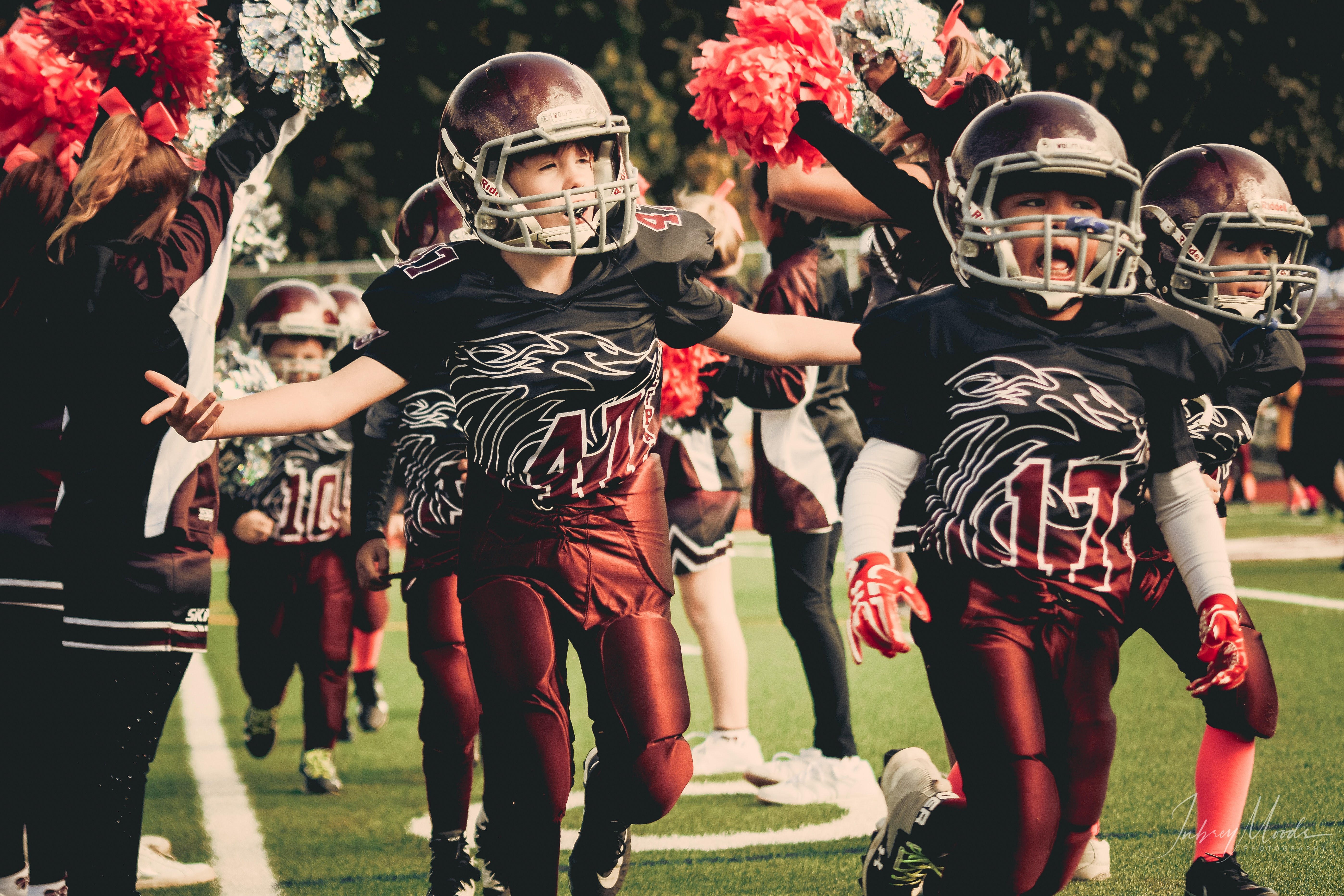 Free Photo Children In White And Red Football Outfit
