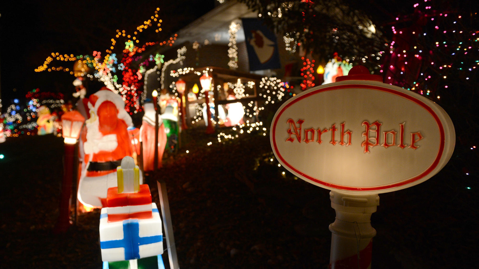 Bill White's Lehigh Valley Christmas Lights Tour - The Morning Call