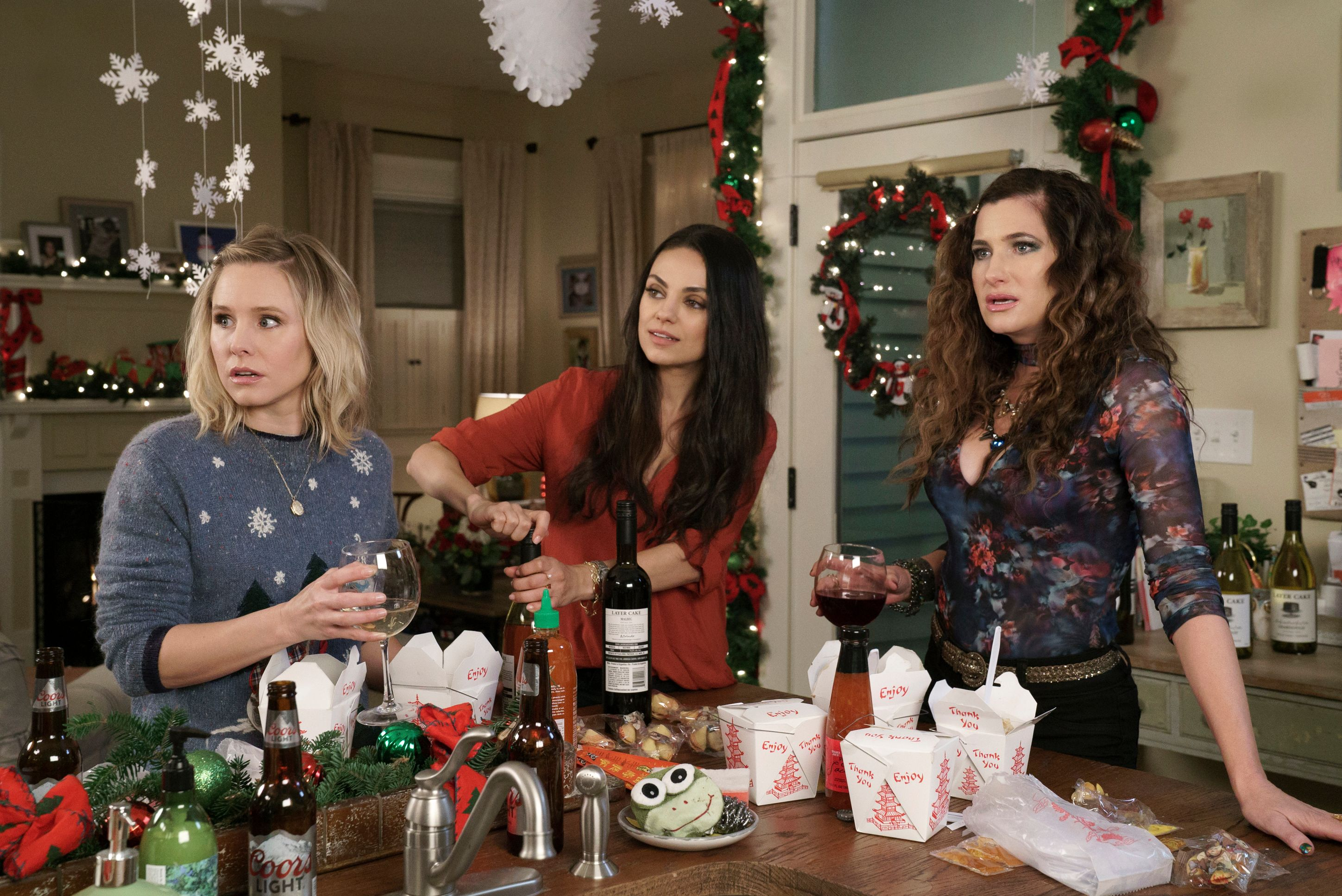 A Bad Moms Christmas' Review: Come for the Bad Moms, Stay for the ...
