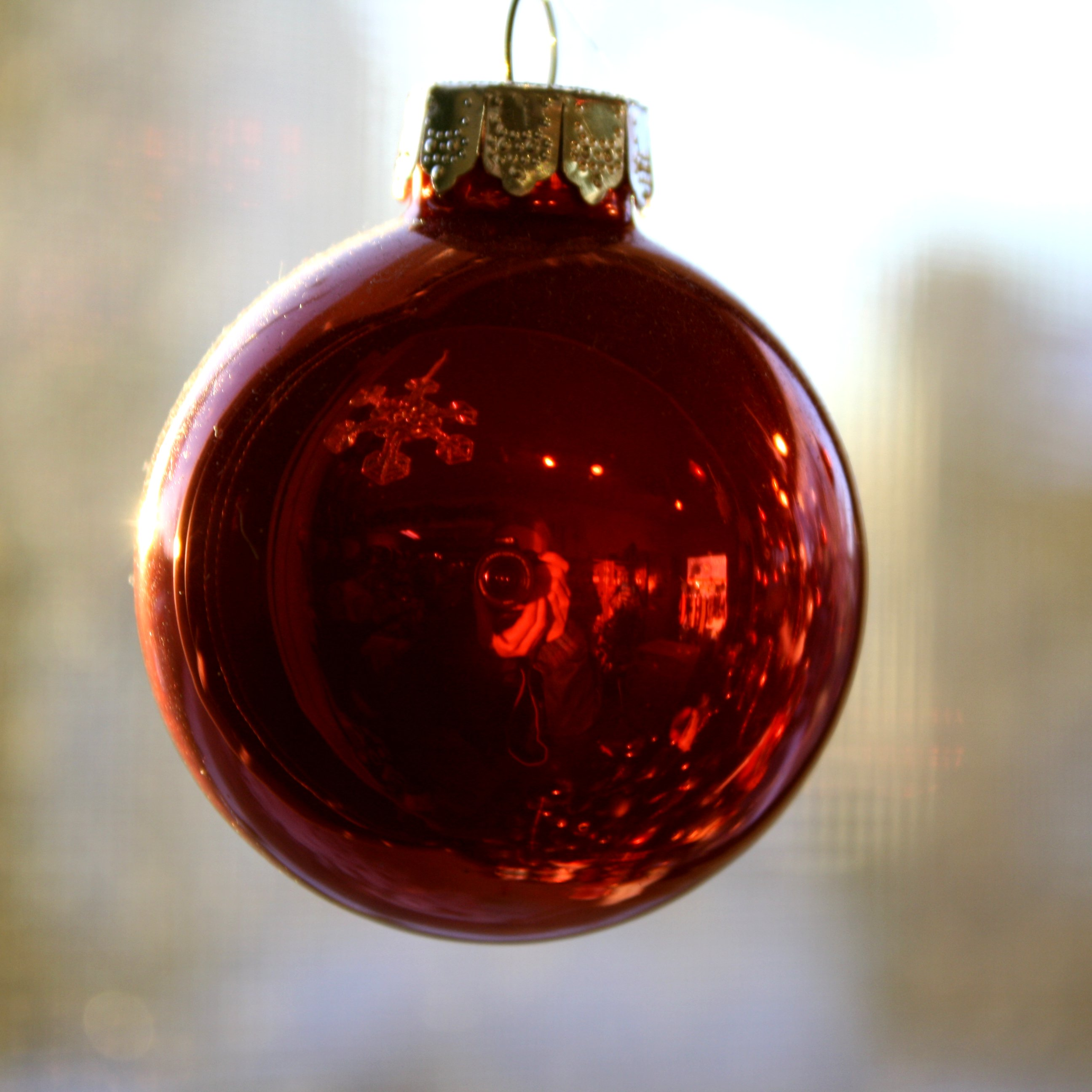 Red Christmas Ball Ornament Picture | Free Photograph | Photos ...