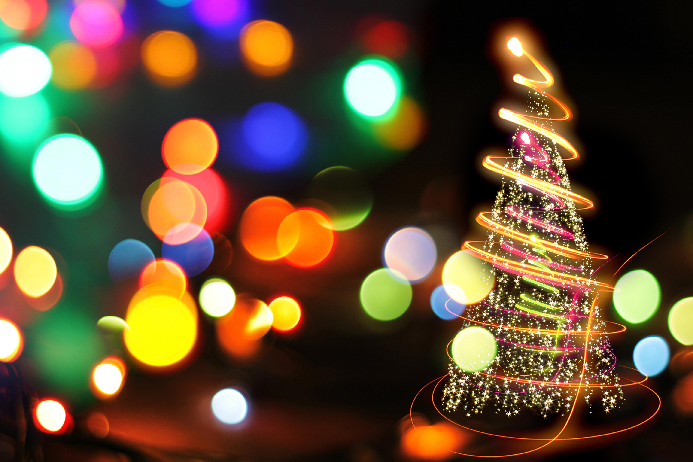 Christmas Tree Bokeh Effect - HDWallpaperFX