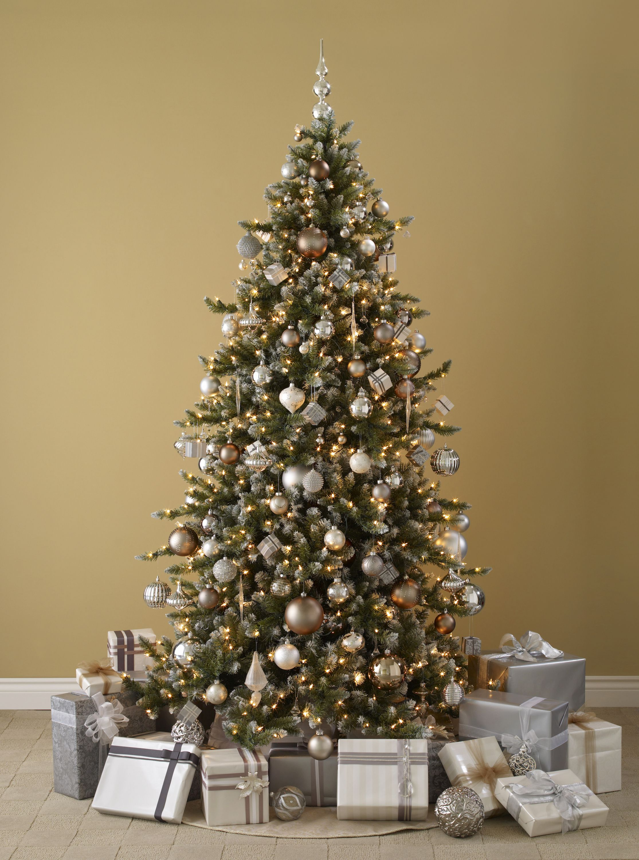 20+ Best Christmas Decorating Ideas - Tips For Stylish Holiday ...