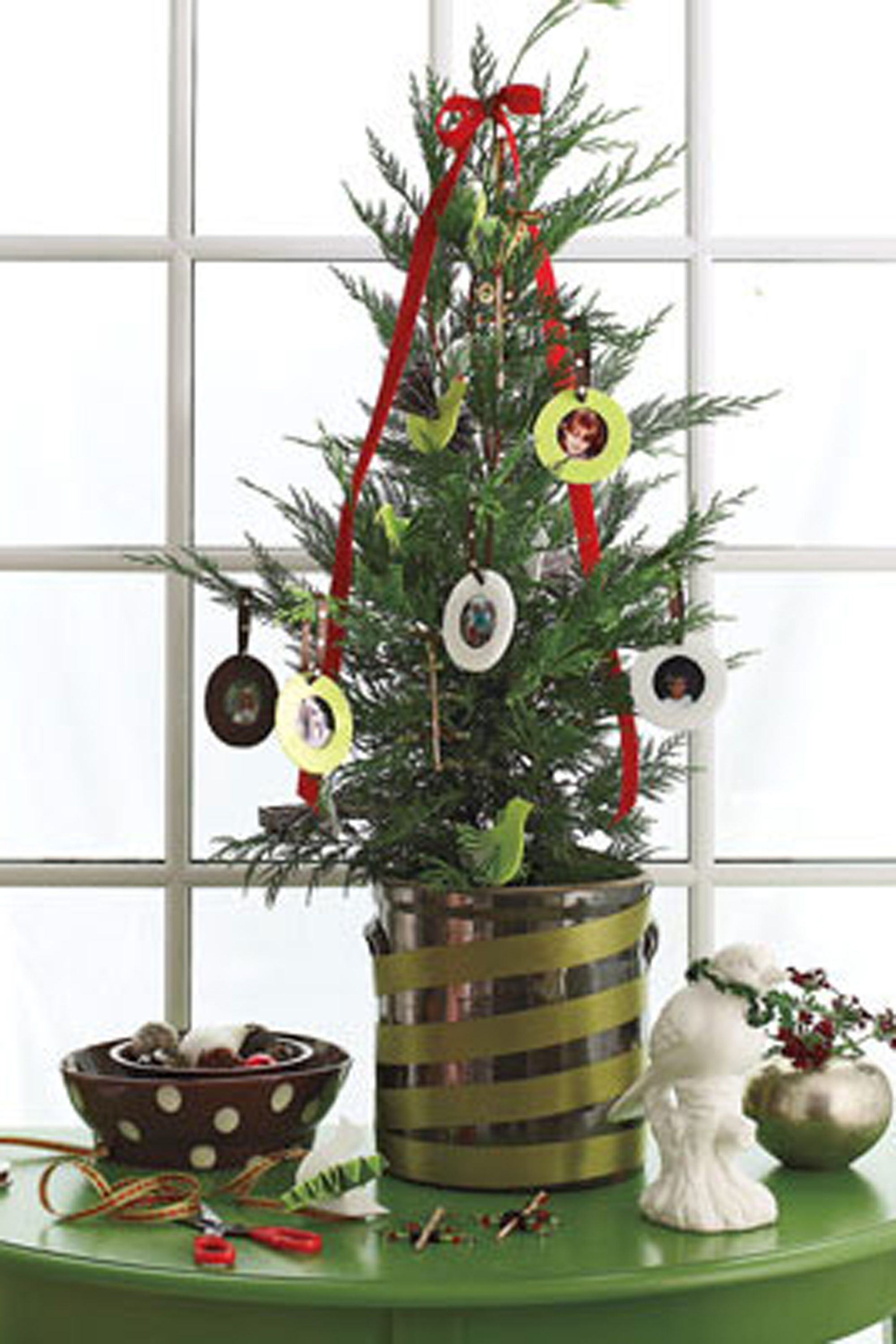 47 Easy DIY Christmas Decorations - Homemade Ideas for Holiday ...