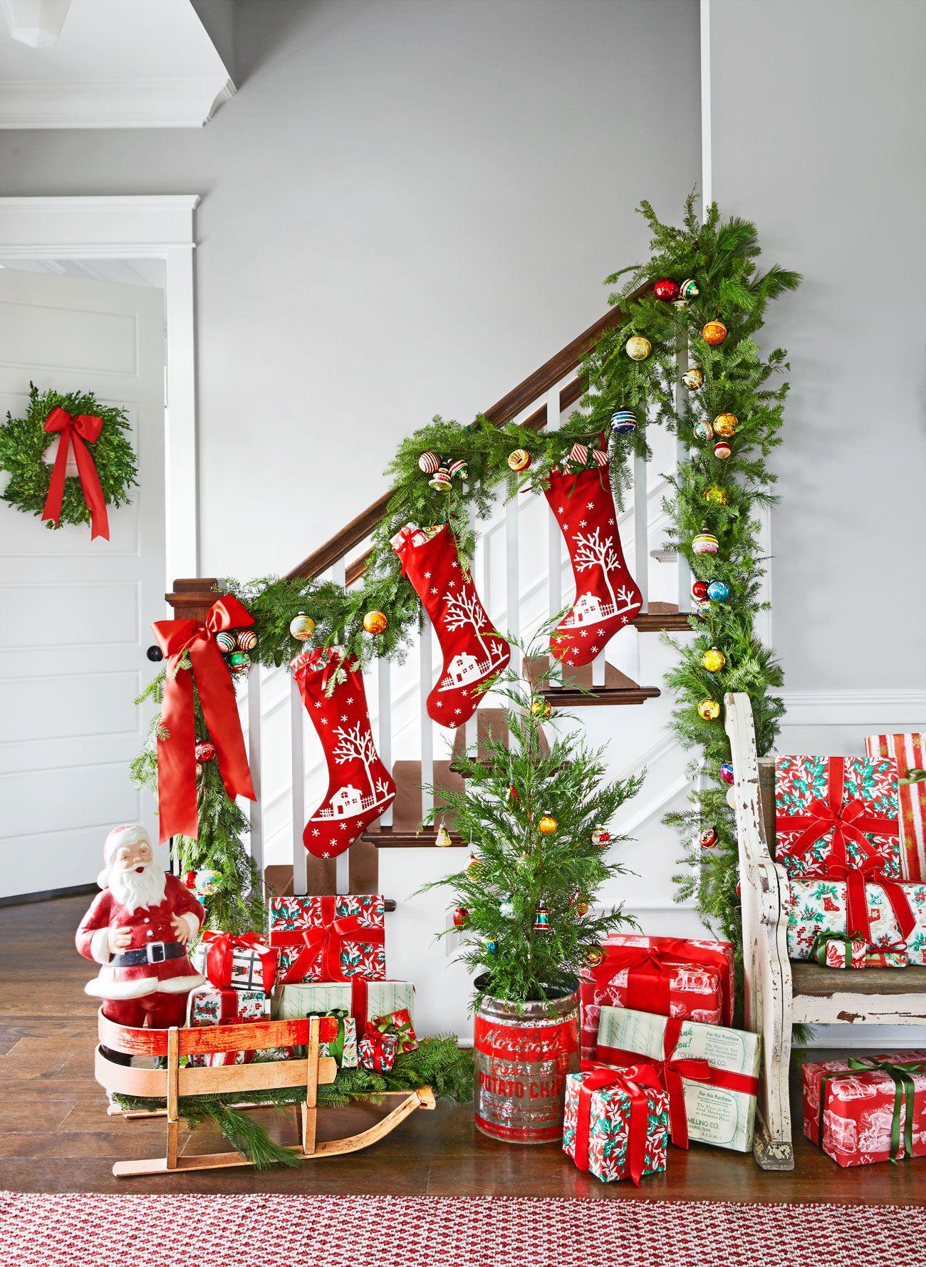 Free photo christmas decoration , Vibrant, Ornament, Xmas