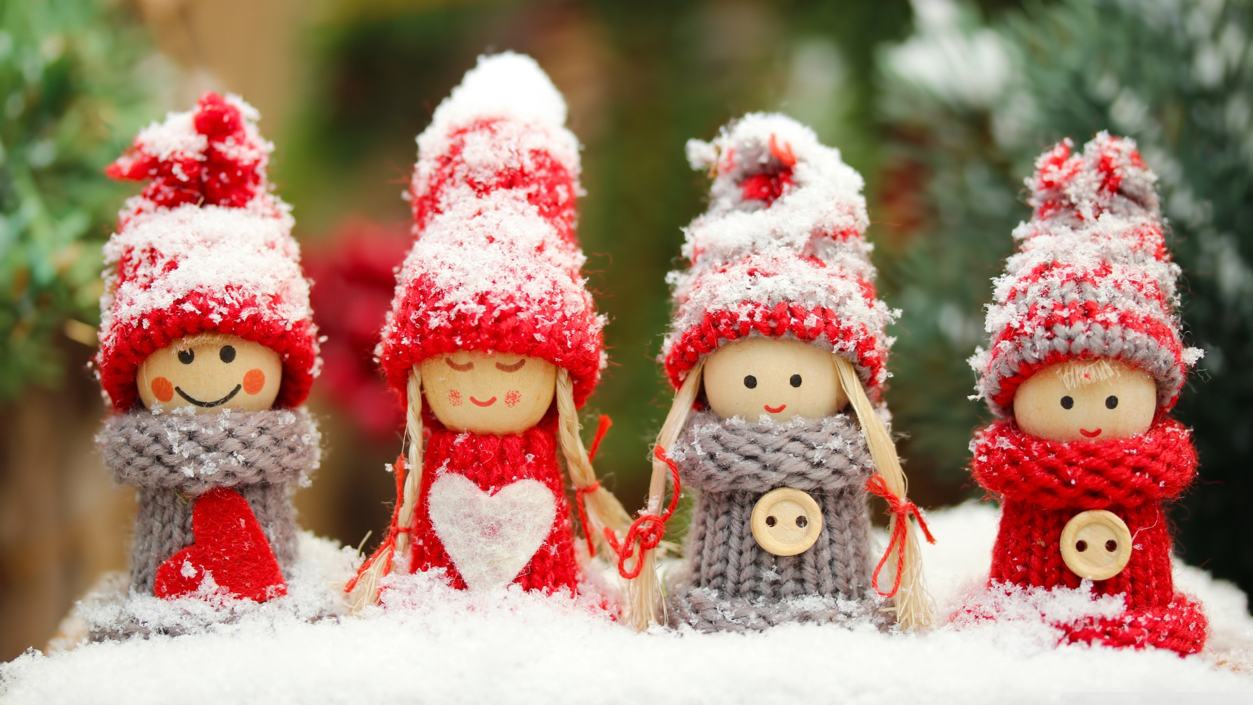 Winter Dolls ❤ 4K HD Desktop Wallpaper for 4K Ultra HD TV • Tablet ...