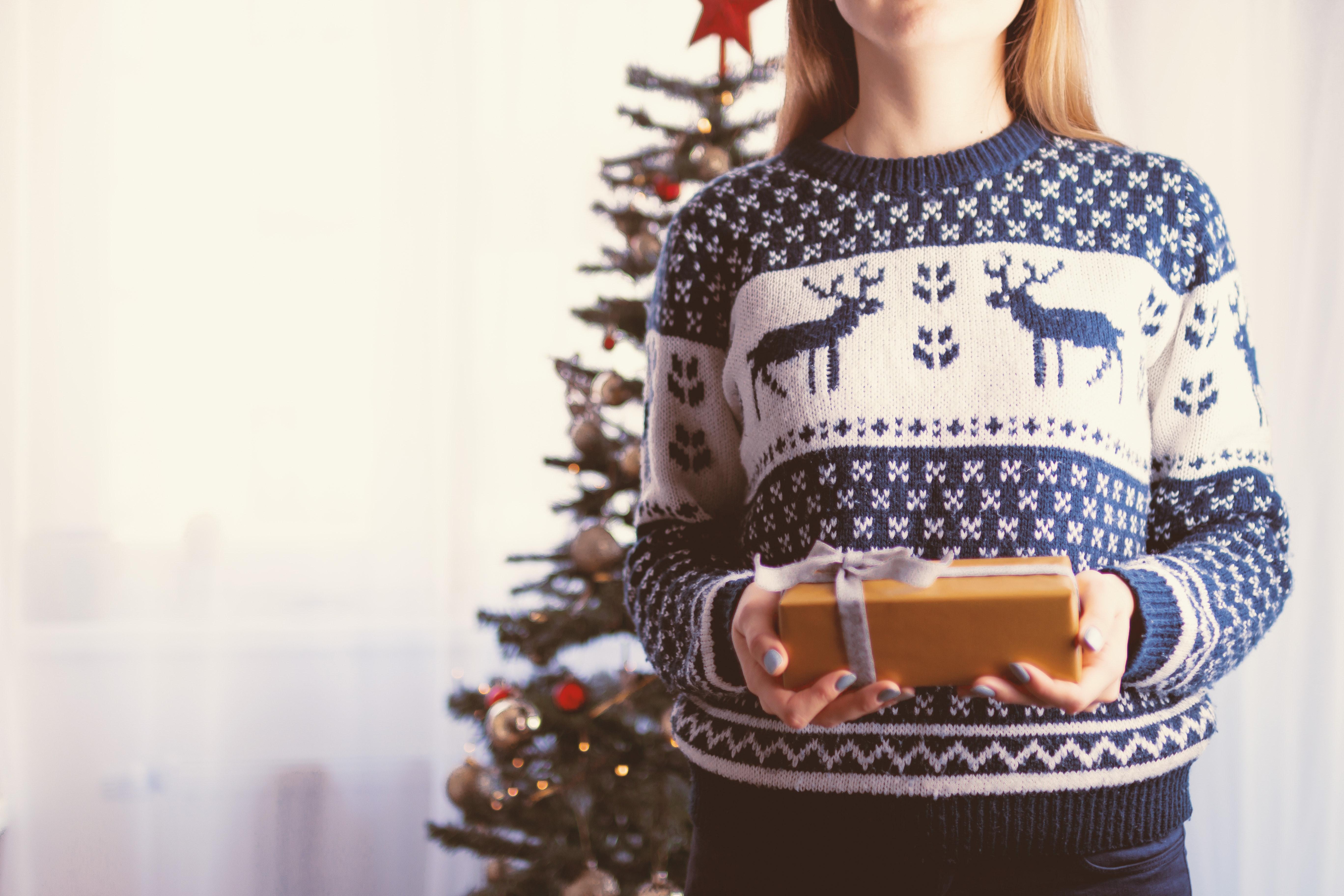 Christmas-themed Wallpaper, Box, Person, Woman, White, HQ Photo