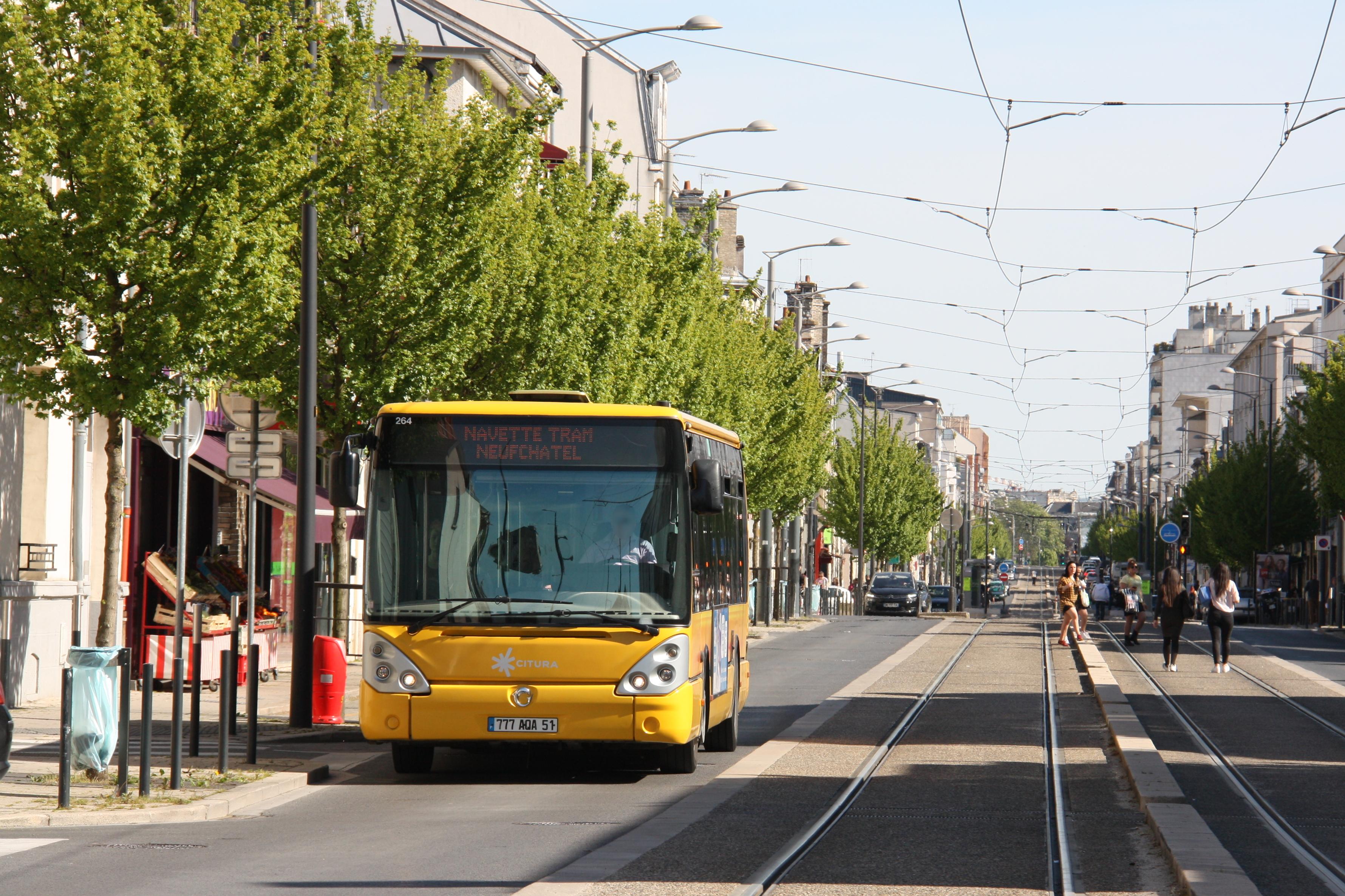 Citura - irisbus citelis 12 n°264 - ligne tram photo