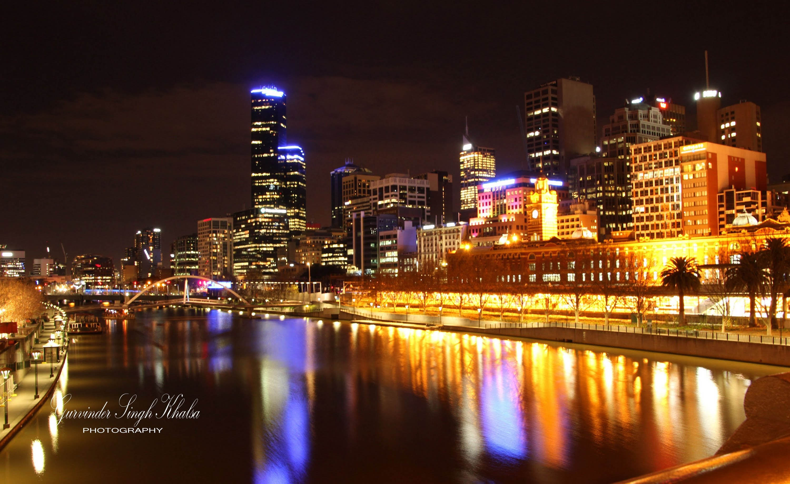 Melbourne City at Night - YouTube