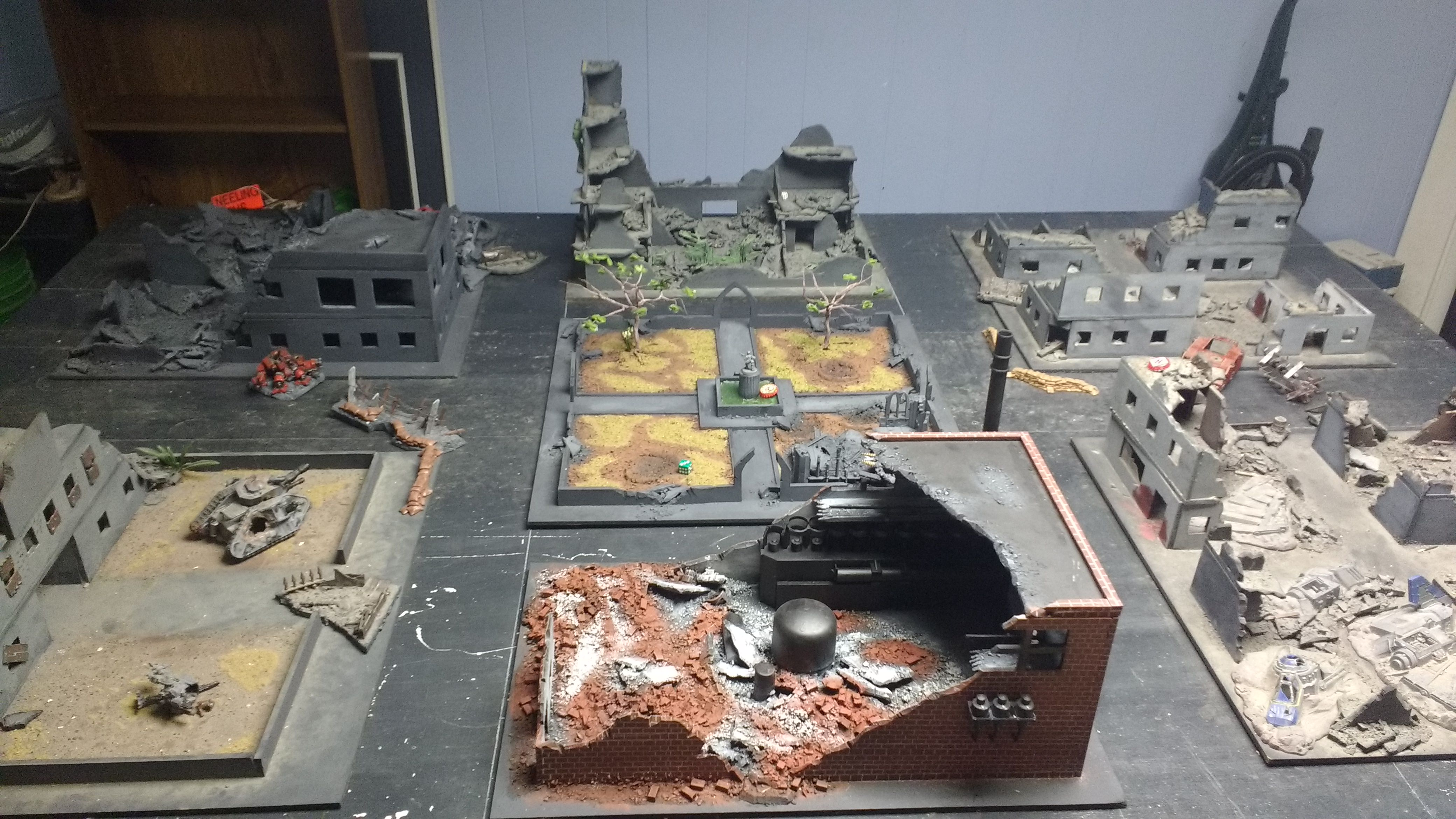 8' by 5' city fight table - Album on Imgur