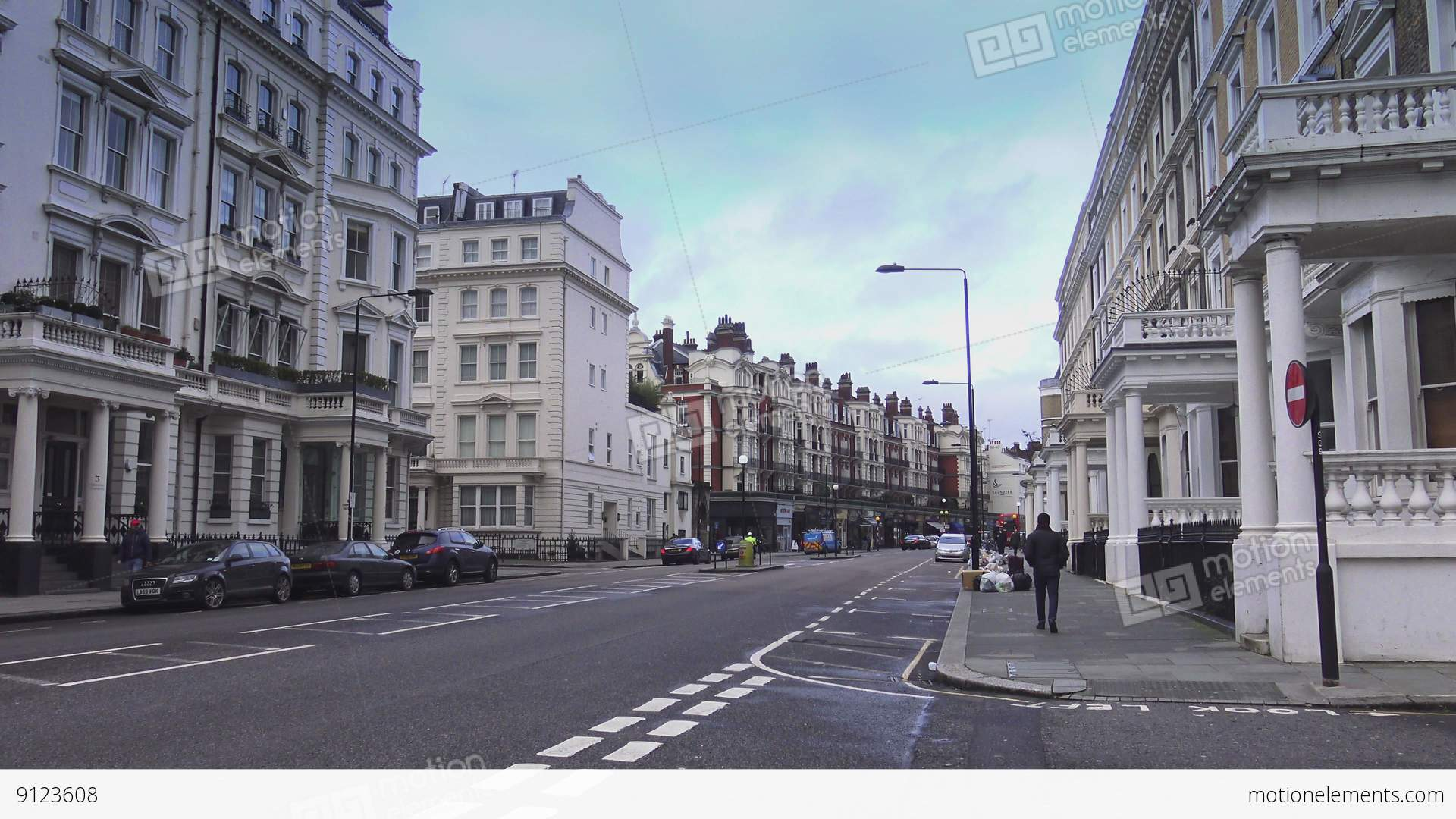 Typical London Street View In Kensington Stock video footage | 9123608