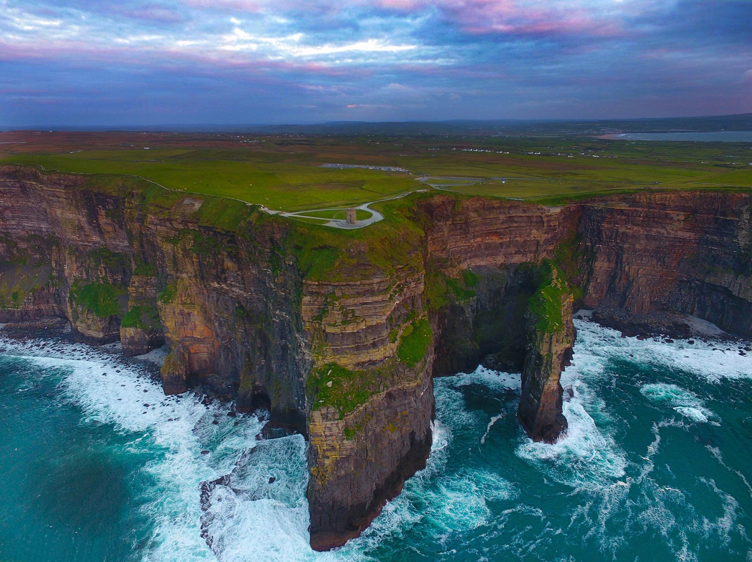 Cliffs of Moher, Ireland [OC] [2500 x 1869] : EarthPorn