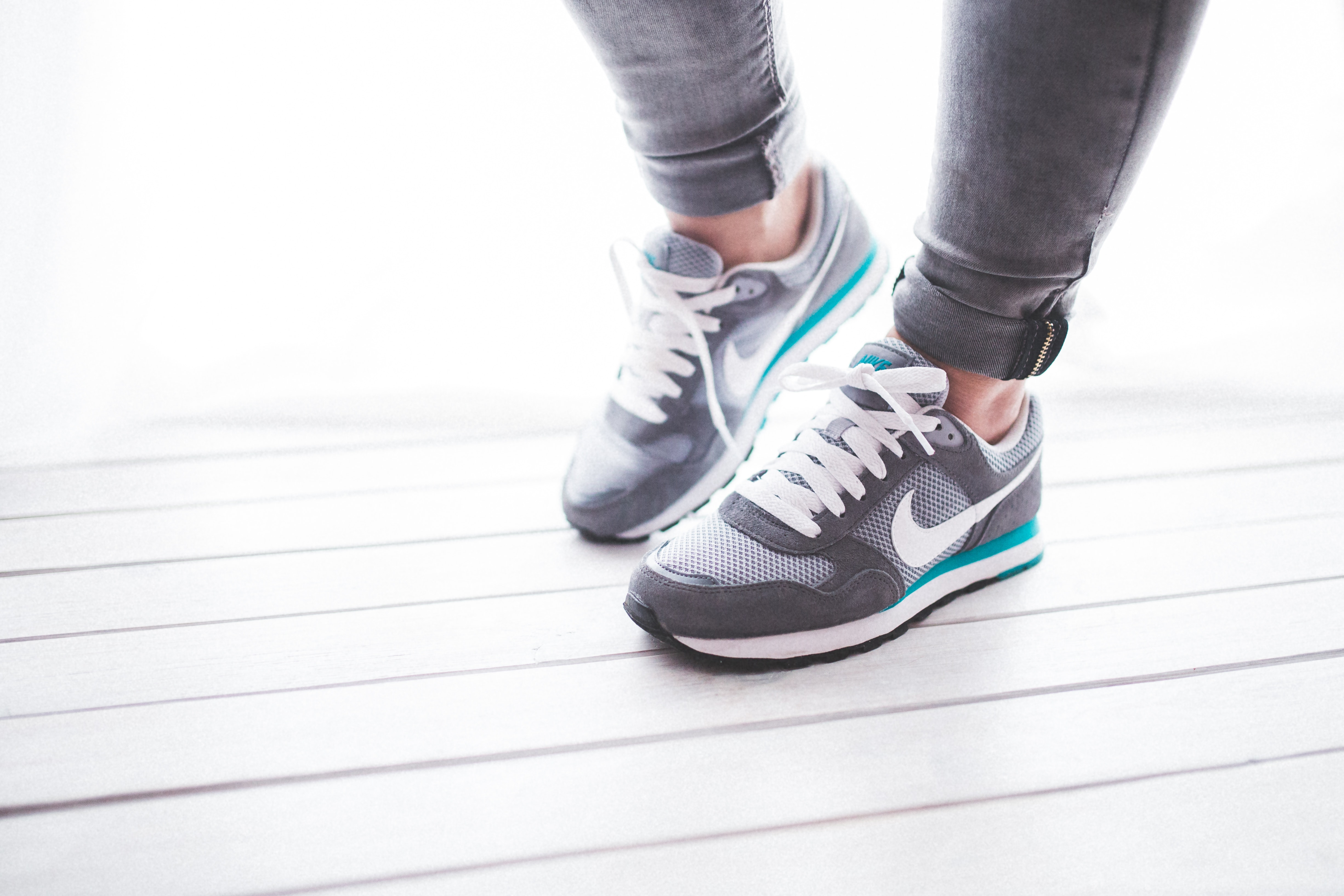 Close-up of a woman's sport shoes, Exercise, Fitness, Jogging, Nike, HQ Photo