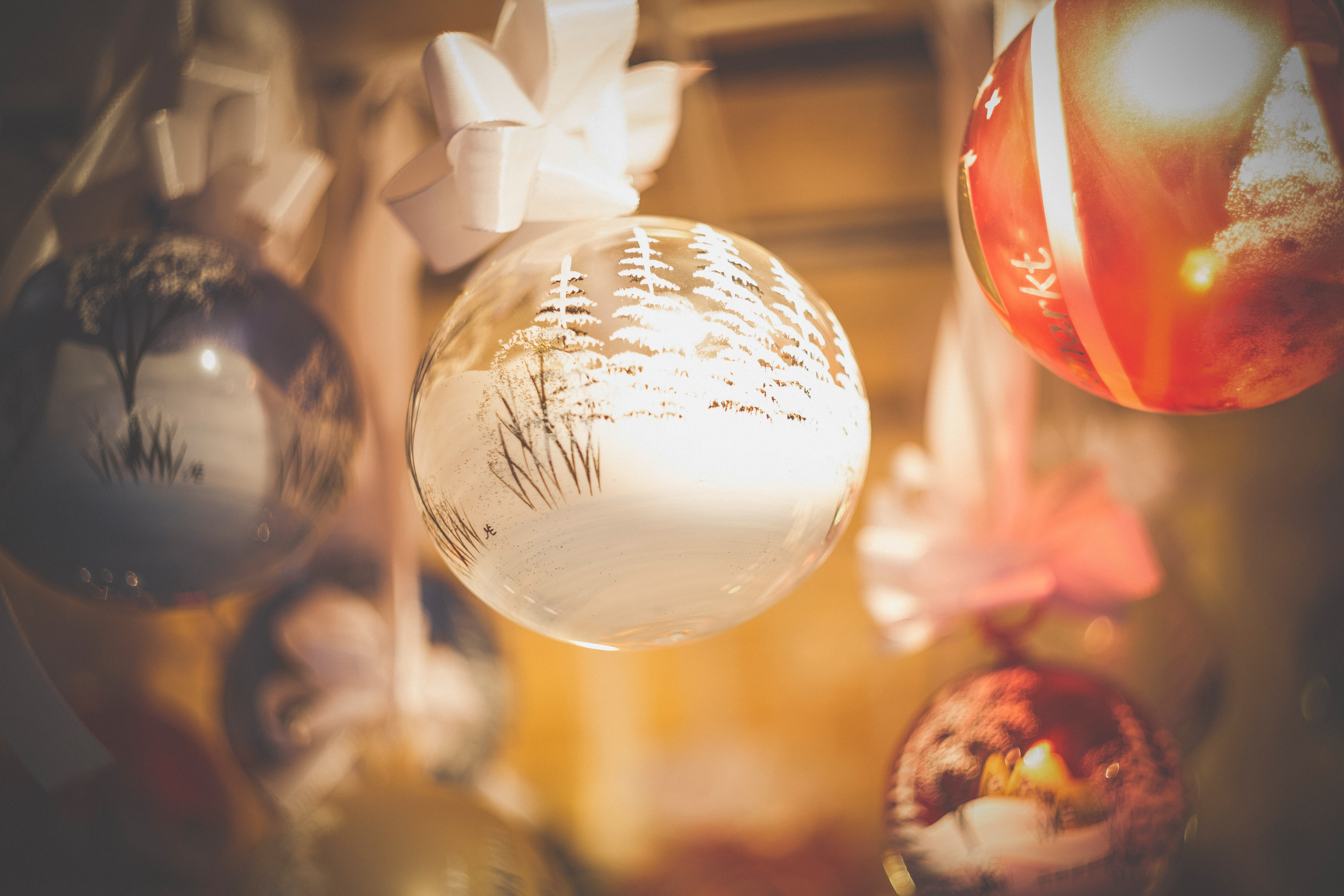 Close-up of Christmas Decoration, Gold, Winter, Traditional, Still life, HQ Photo
