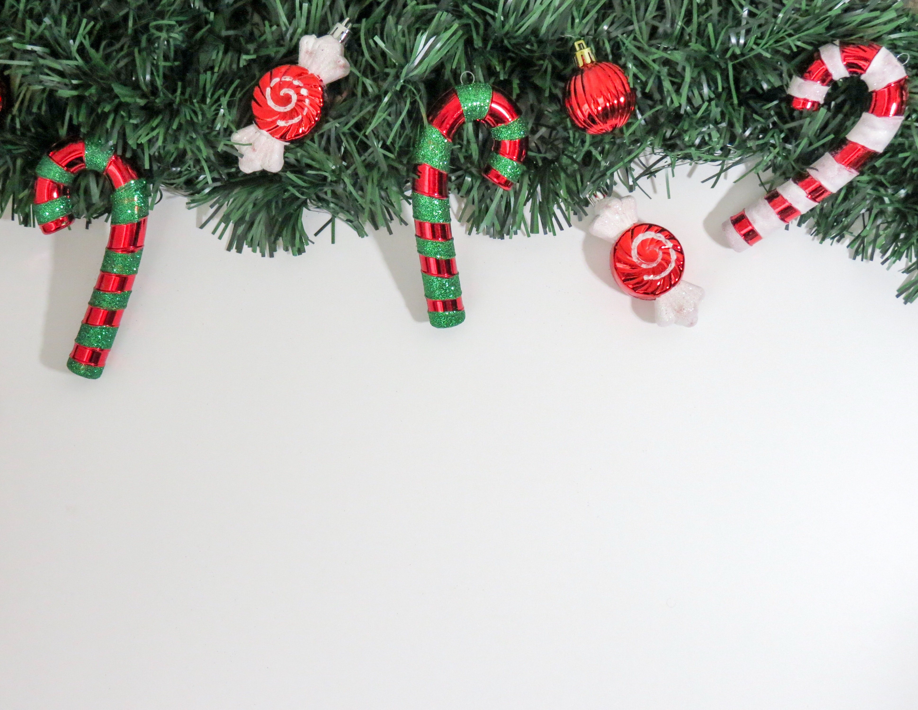 Close-up of Christmas Decorations Hanging on Tree, Bow, Holly, Winter, White, HQ Photo