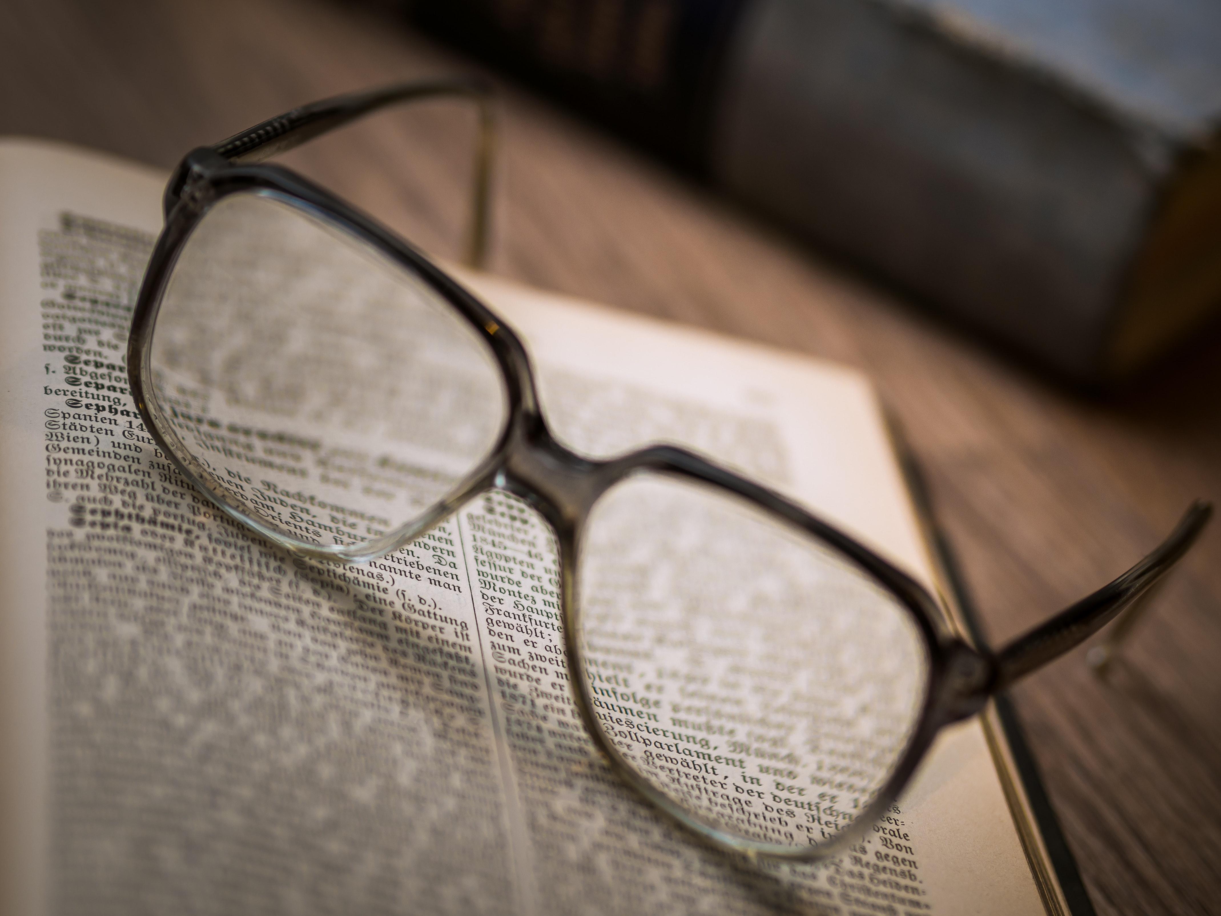 Close-up of Eyeglasses, School, Science, Retro, Study, HQ Photo