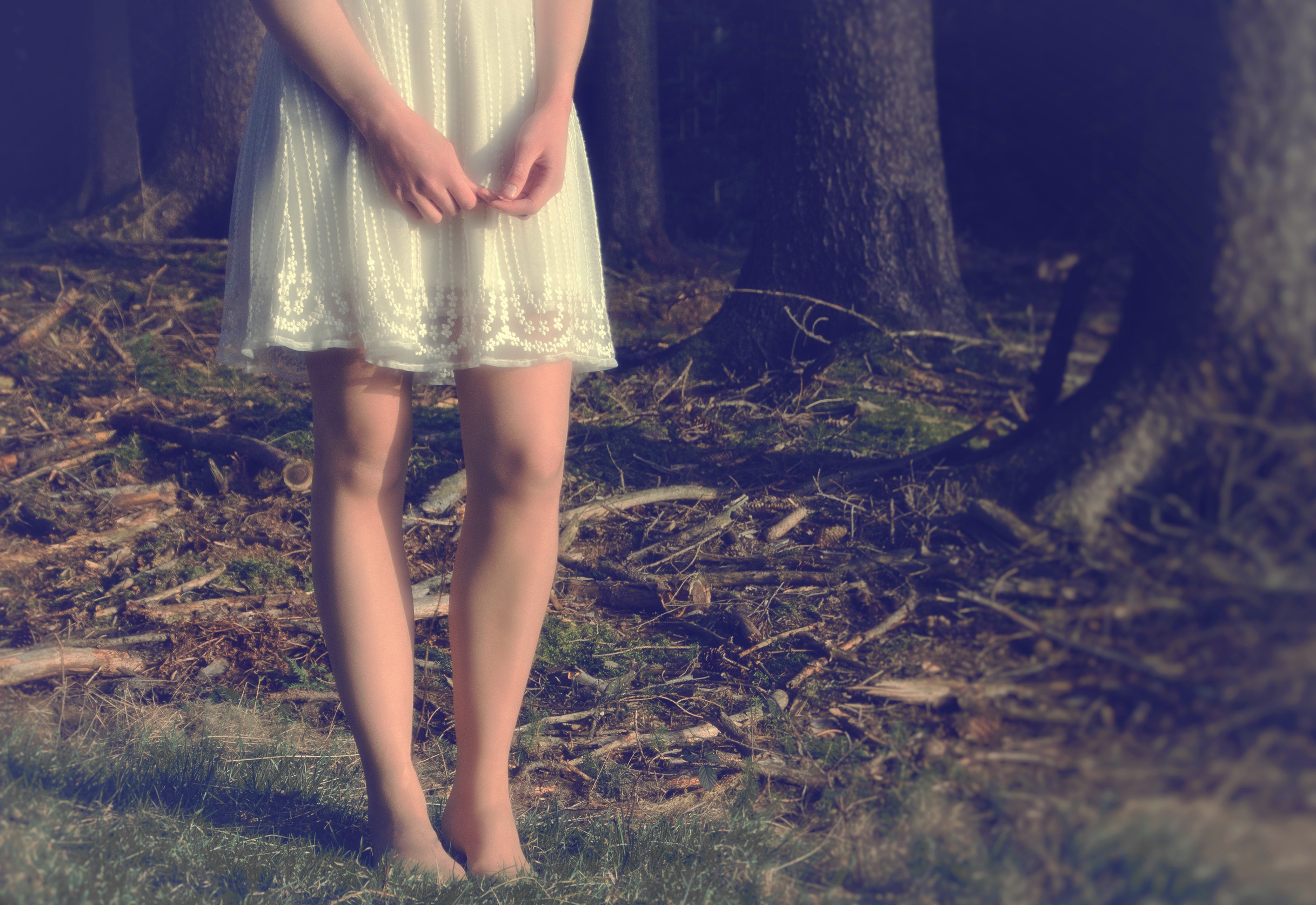 Close Up of Girls Legs in the Forest, Apart, Solitude, Peace, People, HQ Photo
