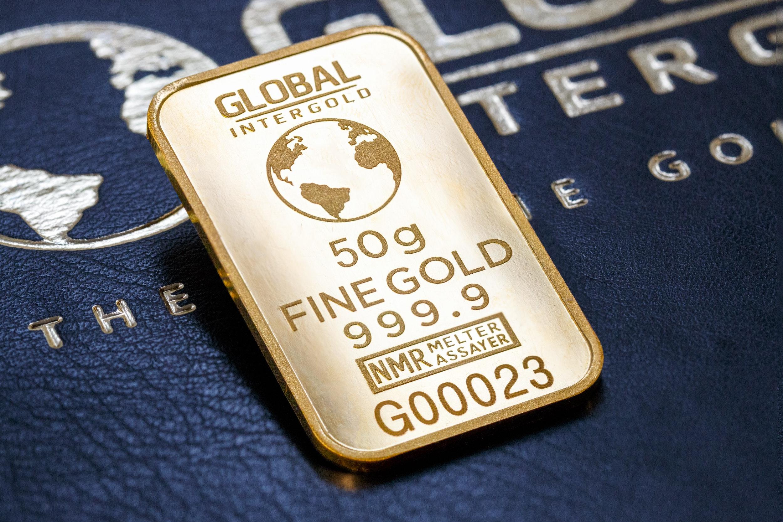 Close Up of Human Representation, Bank, Financial, Text, Symbol, HQ Photo
