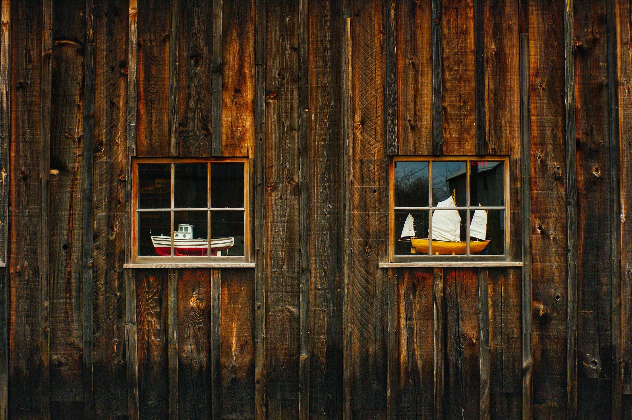 Closed wooden door photo